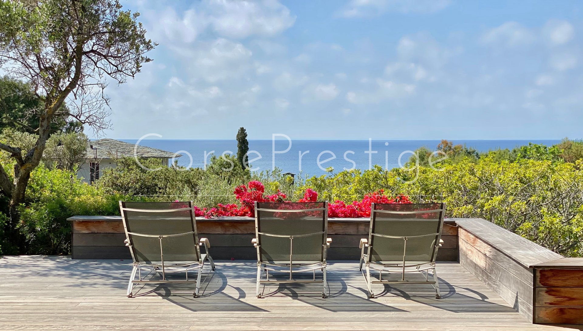 villa for sale punta d-oro with access to the beach image4
