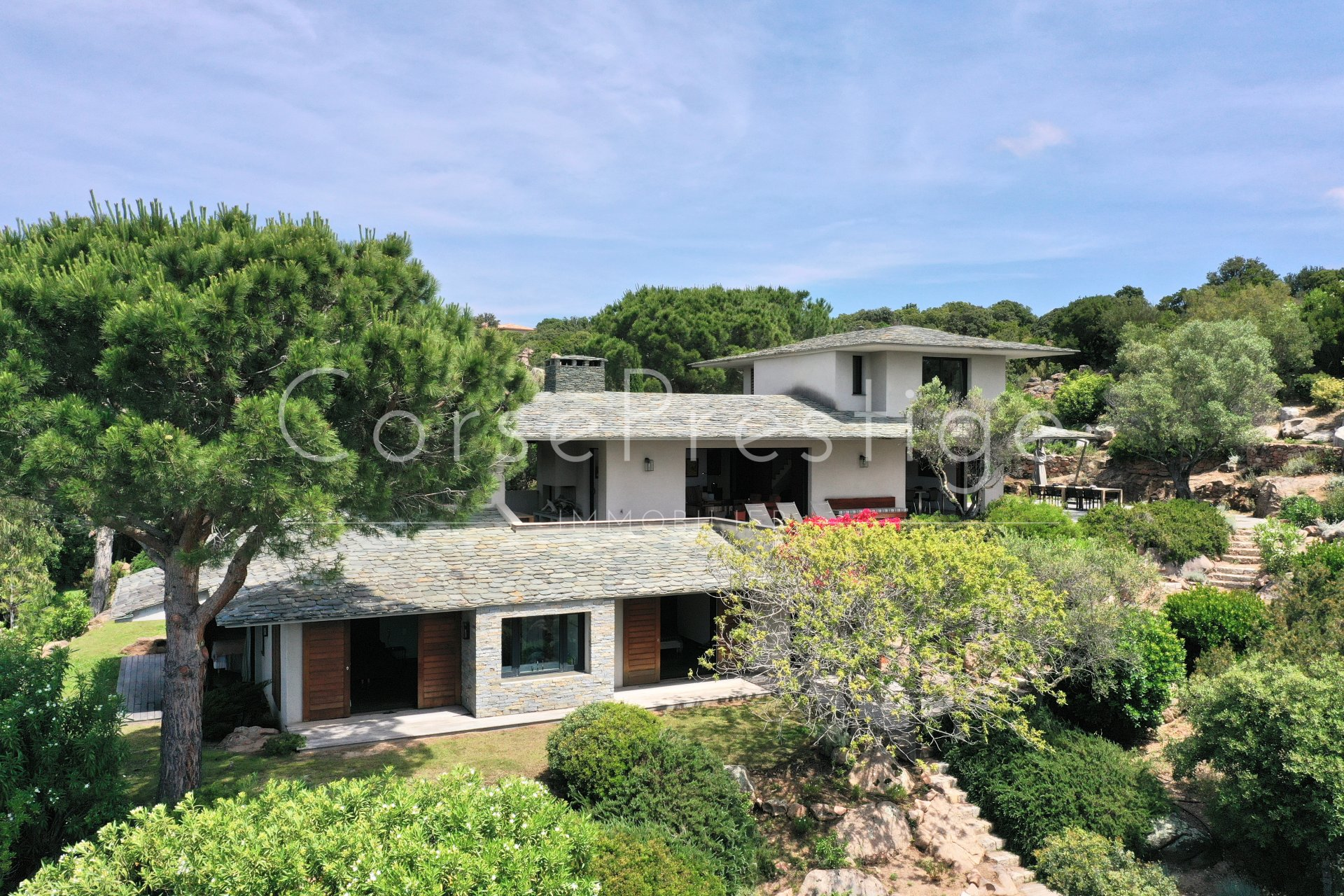 villa for sale punta d-oro with access to the beach image2