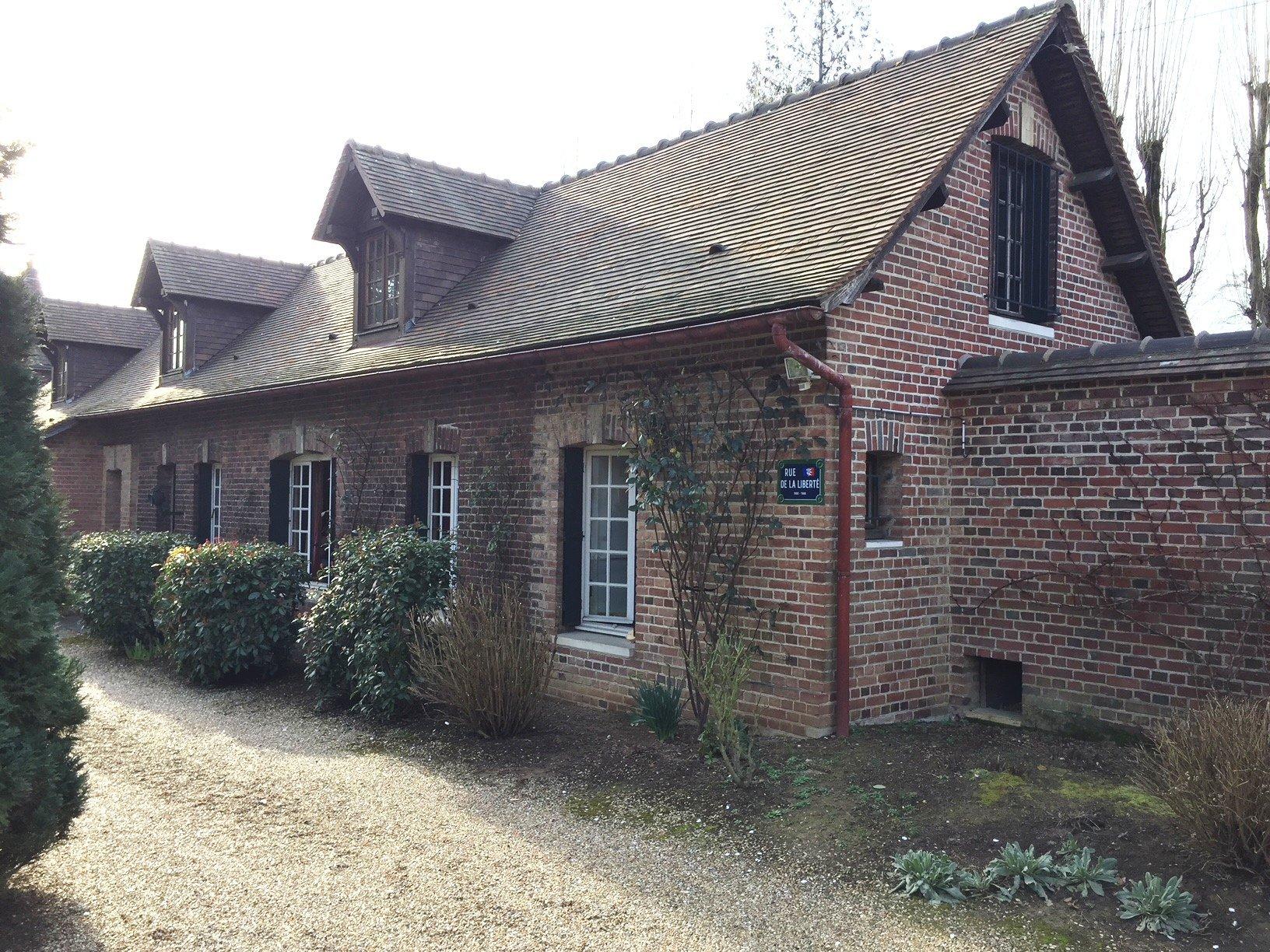 Superbe longère Bois Guillaume limite Rouen