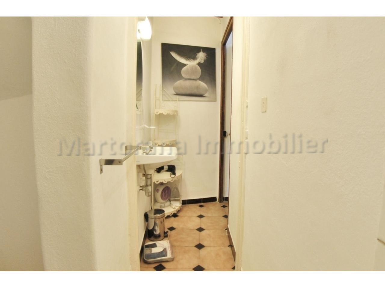 STUDENT rental : Large furnished studio in the Old town