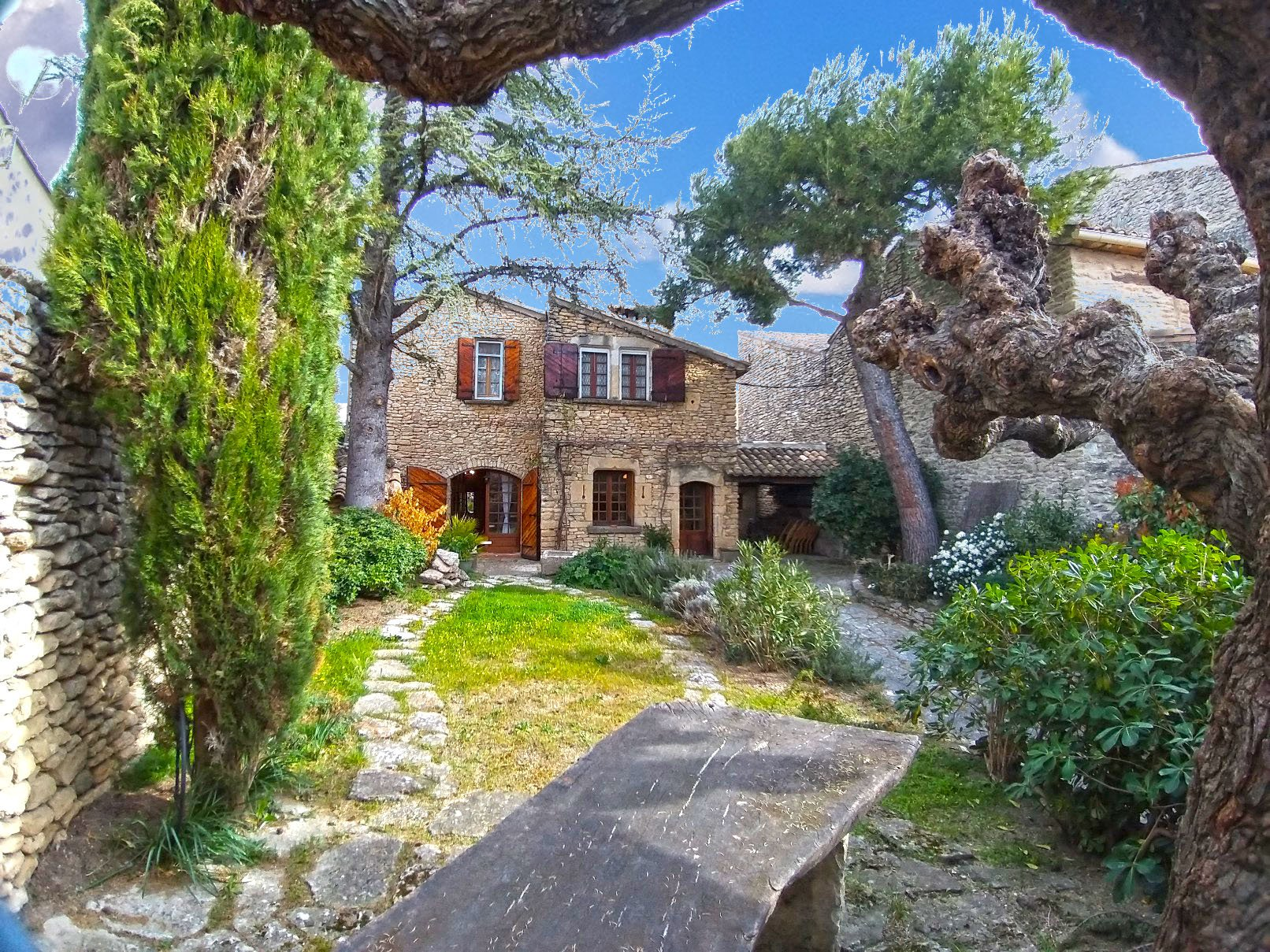 village house in Cabrieres d avignon