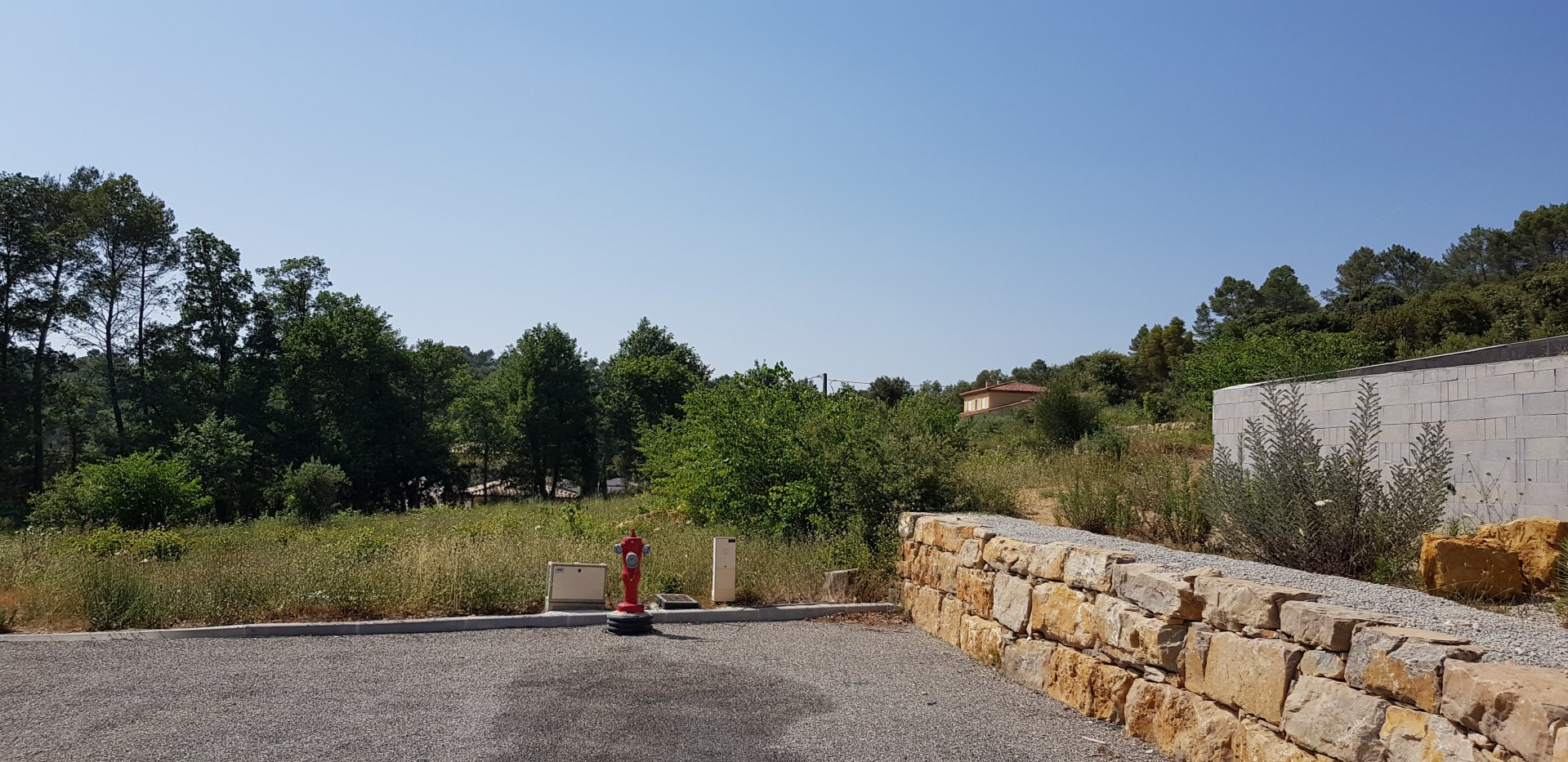 Building land - Permit granted