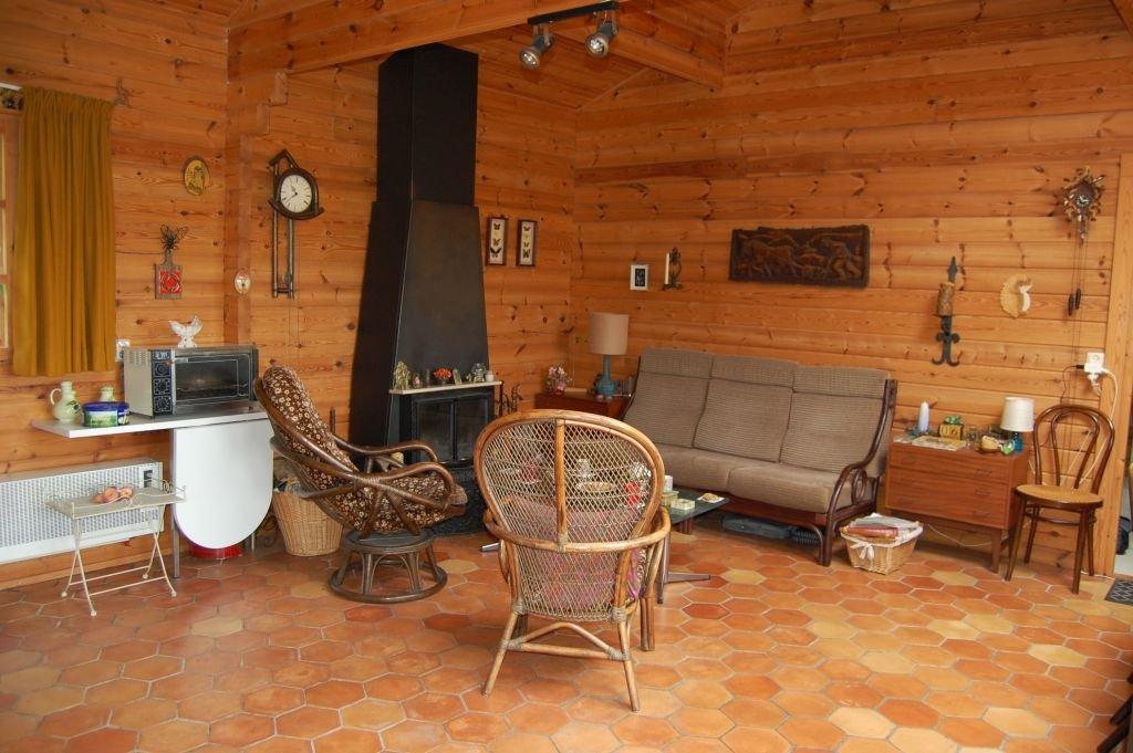 DORDOGNE - Zeer rustig gelegen Fins chalet met studio en prachtig uitzicht