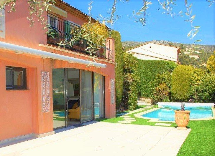 Tourrettes Levens - Magnifique Villa 8 pieces avec piscine et vue panoramique