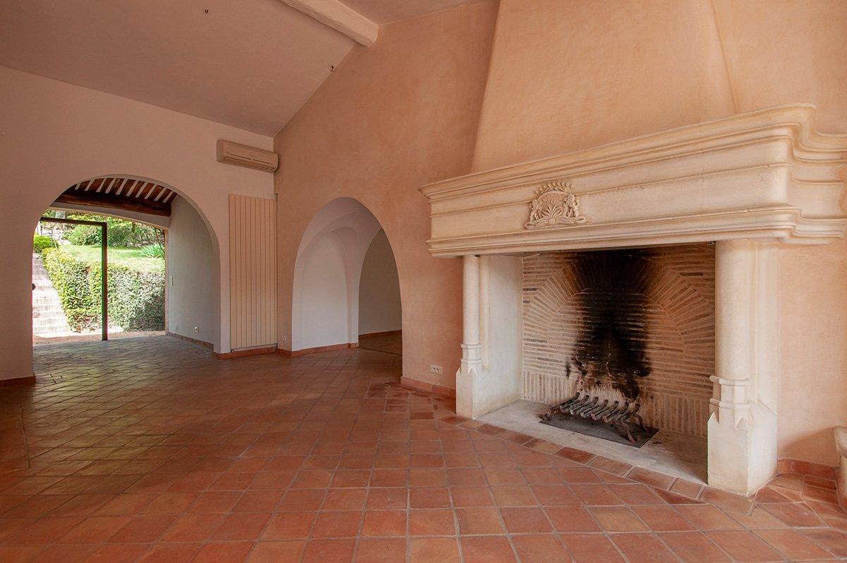 Somptueuse Villa double à vendre à Castellaras le Vieux.