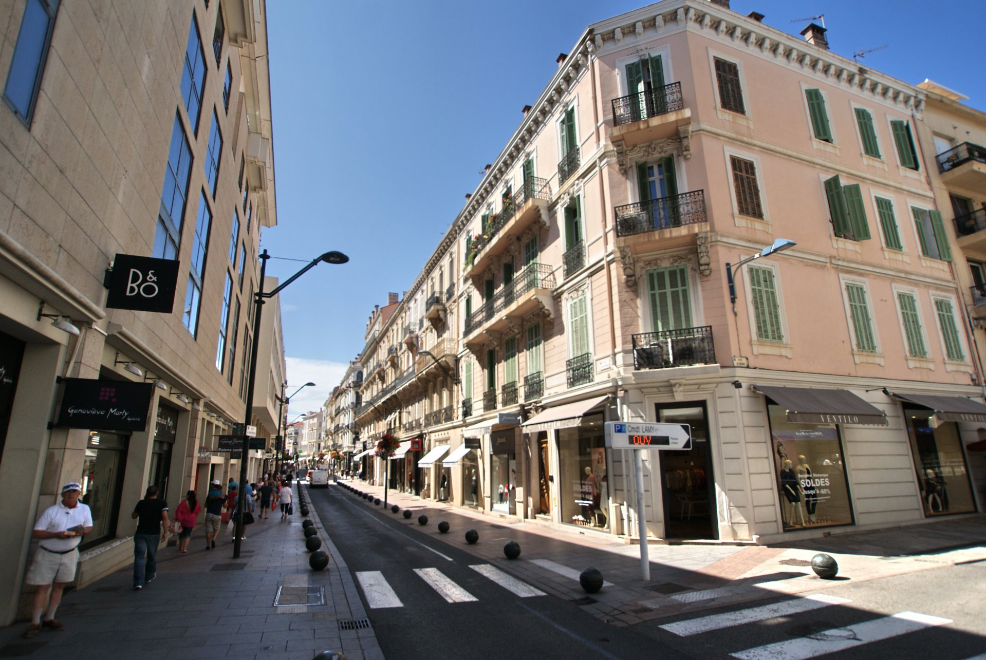 CANNES RUE D'ANTIBES - LOCATION PURE
