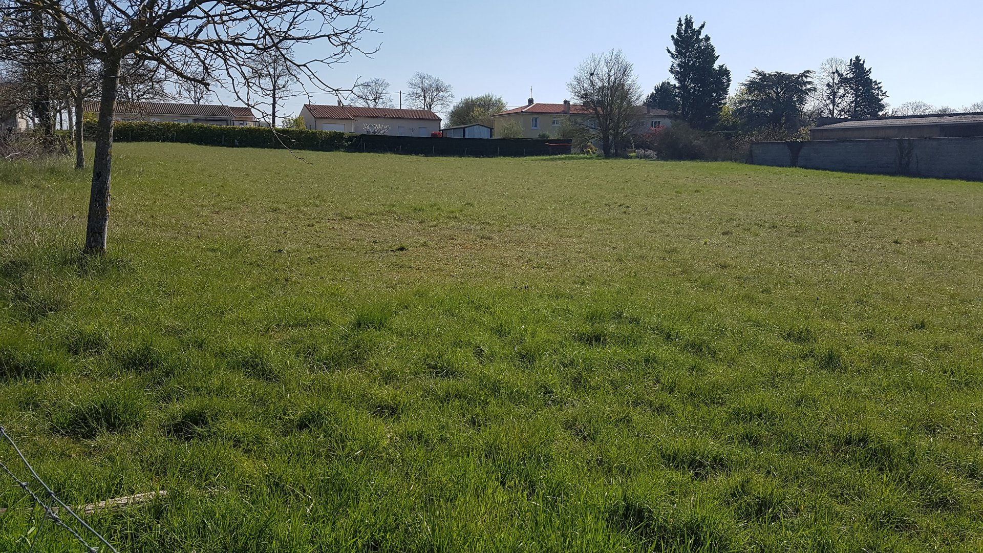 Sale Building land - Mansle