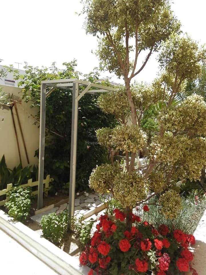 Triplex a vendre a Raoued plage raoued plage triplex a vendre immeuble une maison avec jardin 2 appartements