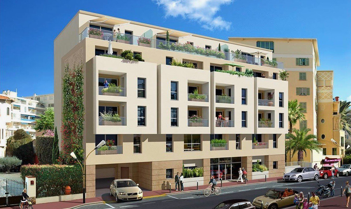 ANTIBES JUAN LES PINS - 4 bed Apartment - top floor - near beaches