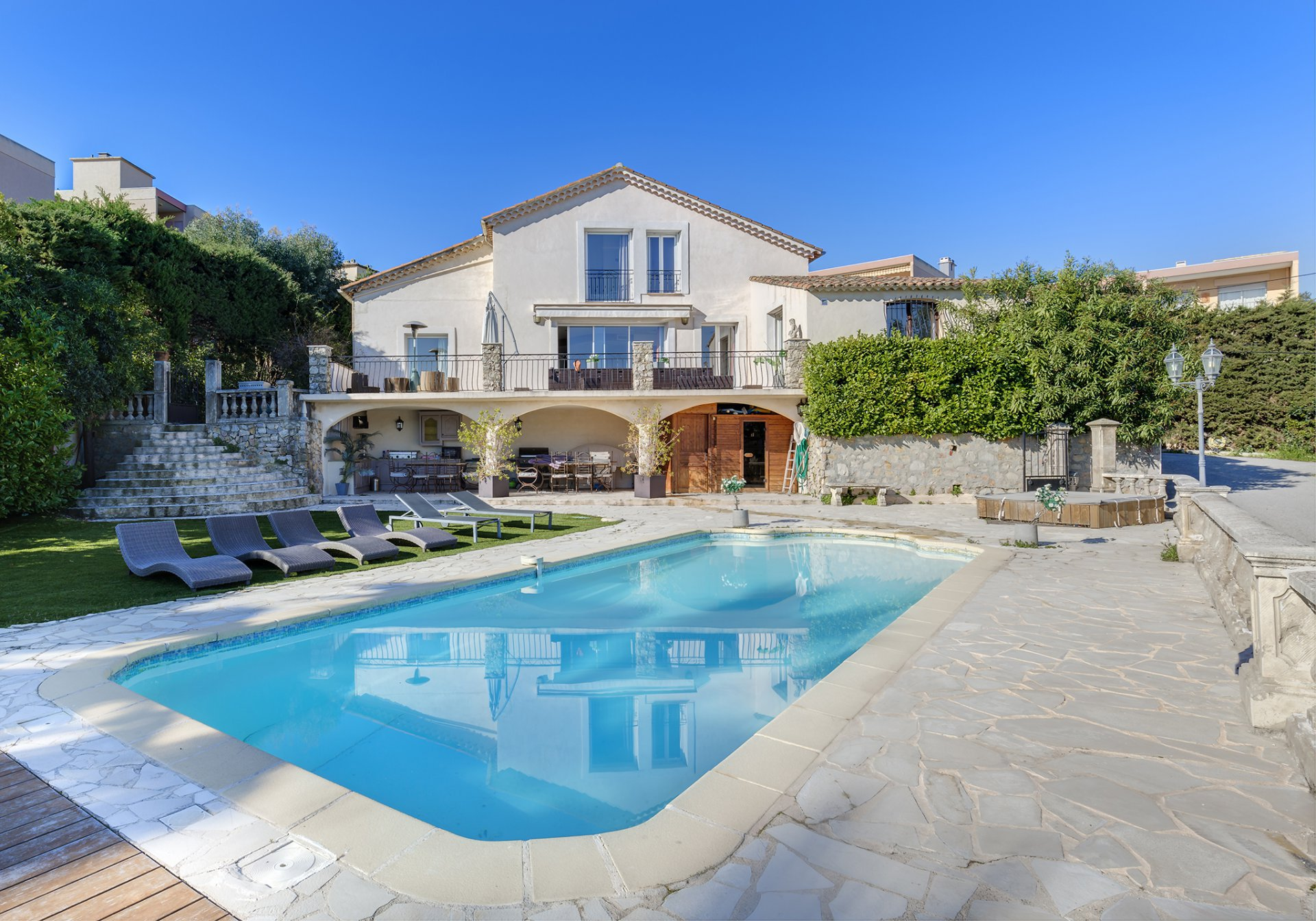 Sale Housing estate - Cannes