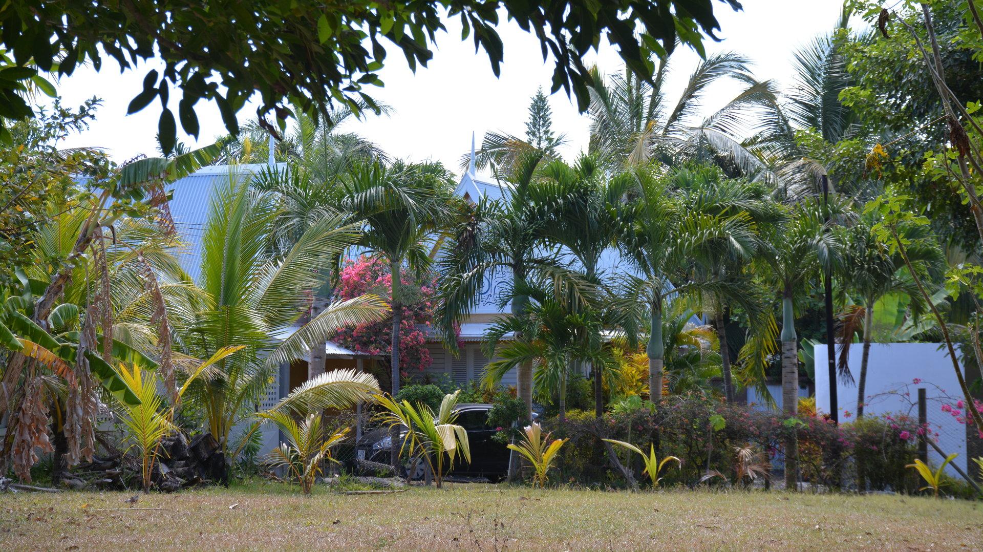EXCEPTIONNELLE maison typique proche de la plage