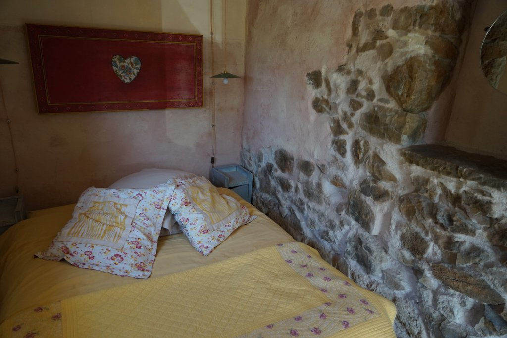 Cotignac, lovely cottage in the hills