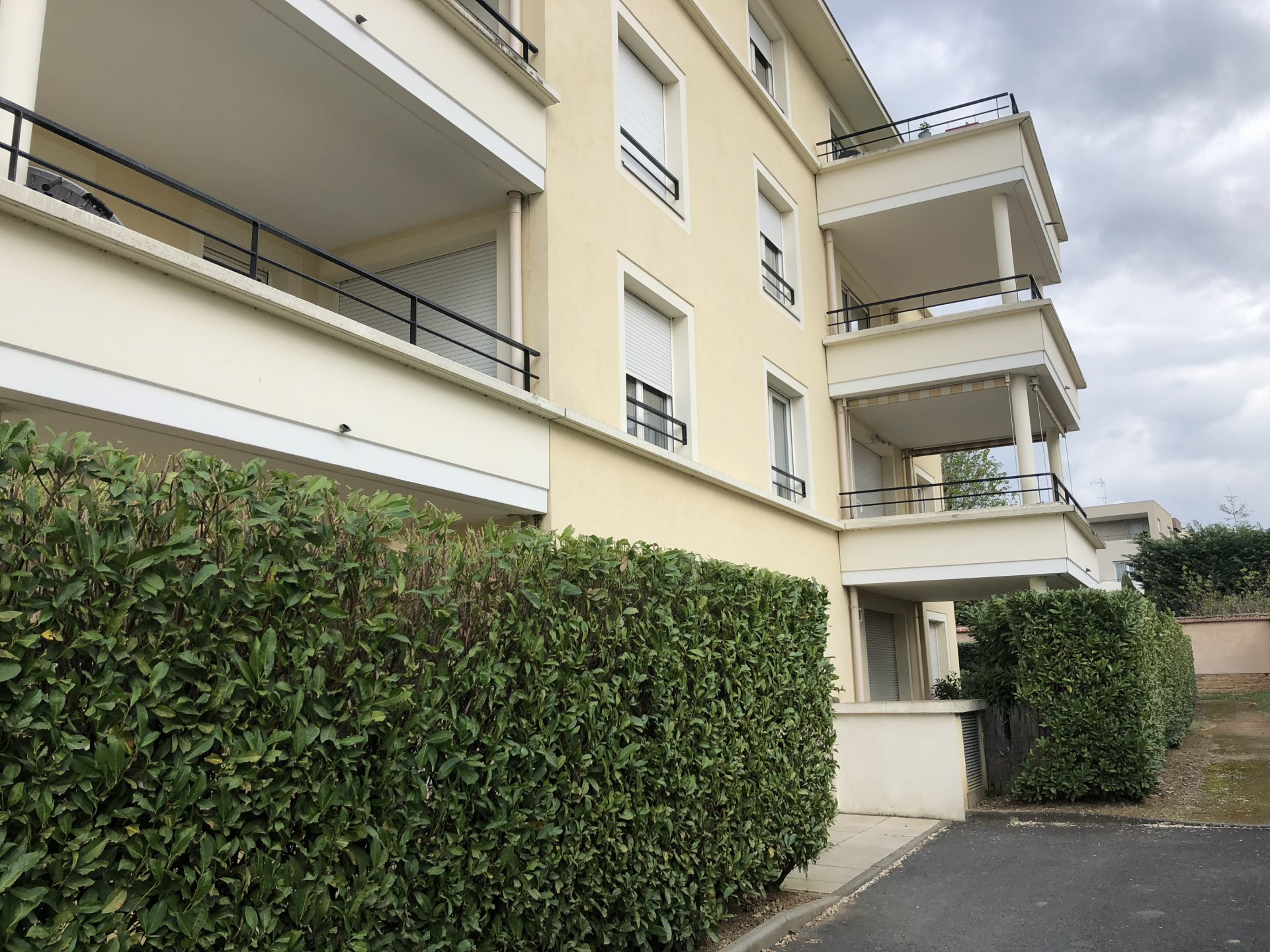 T3 avec balcon + garage