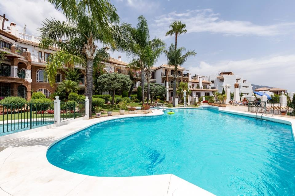 Bright duplex in Mijas Golf