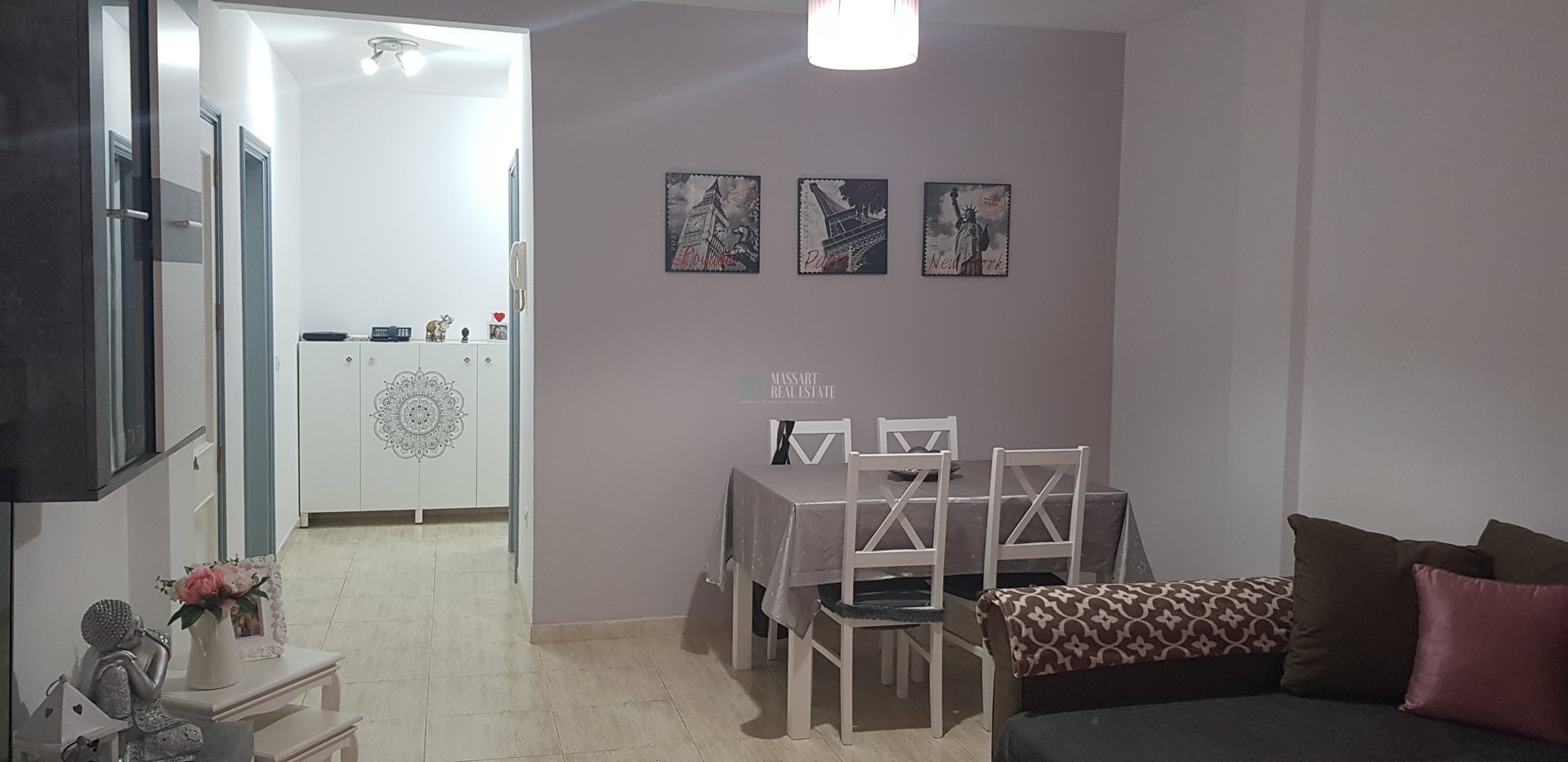 For sale in Las Chafiras (San Miguel de Abona), newly renovated ground floor of 75.20 m2, very spacious and bright.