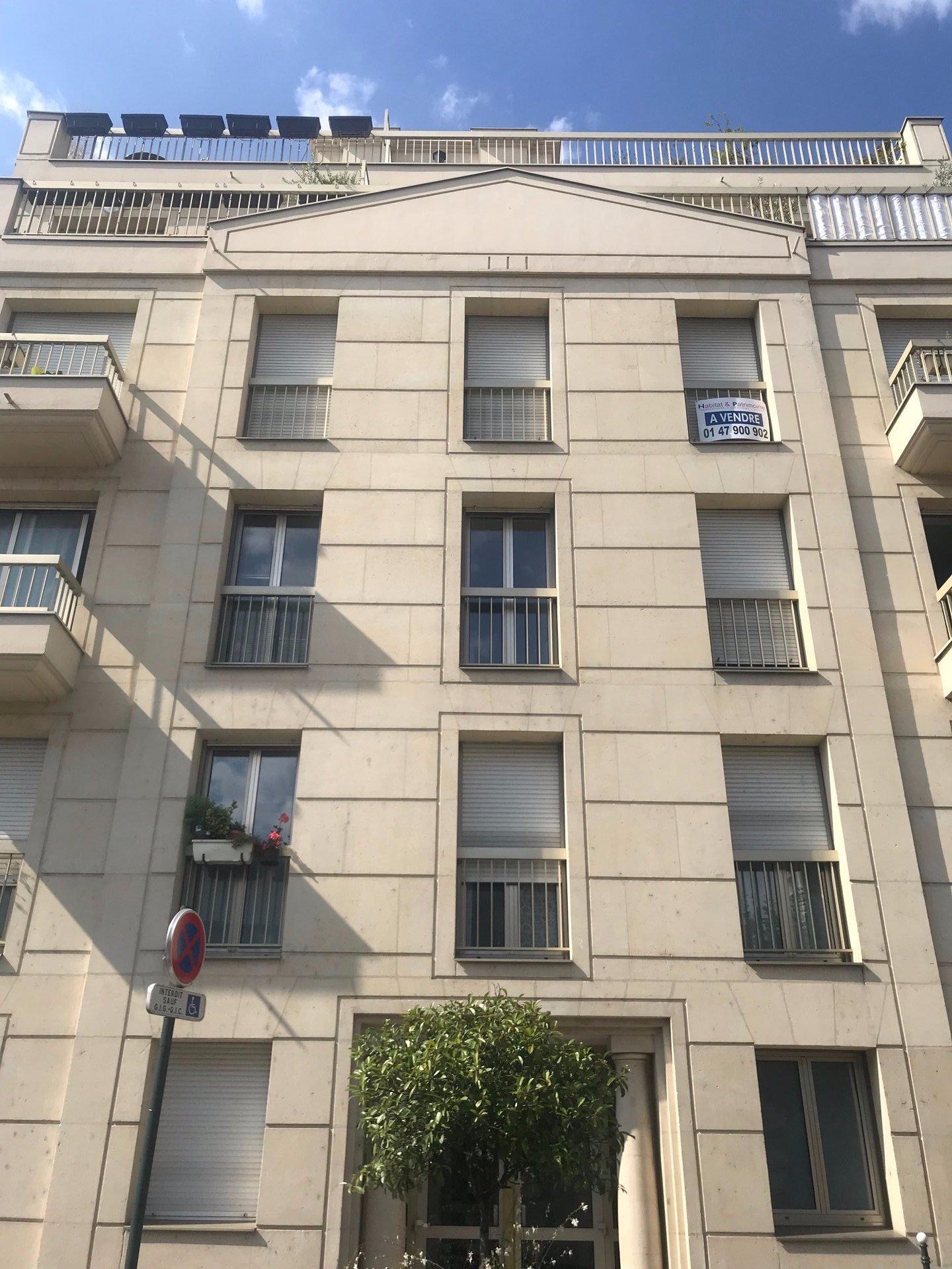 Sale Apartment - Asnières-sur-Seine Centre