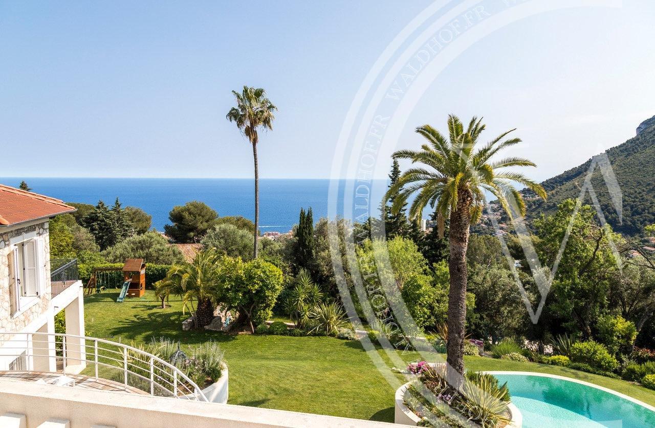 Maison de campagne entièrement rénovée avec grand jardin à 5 minutes de Monaco