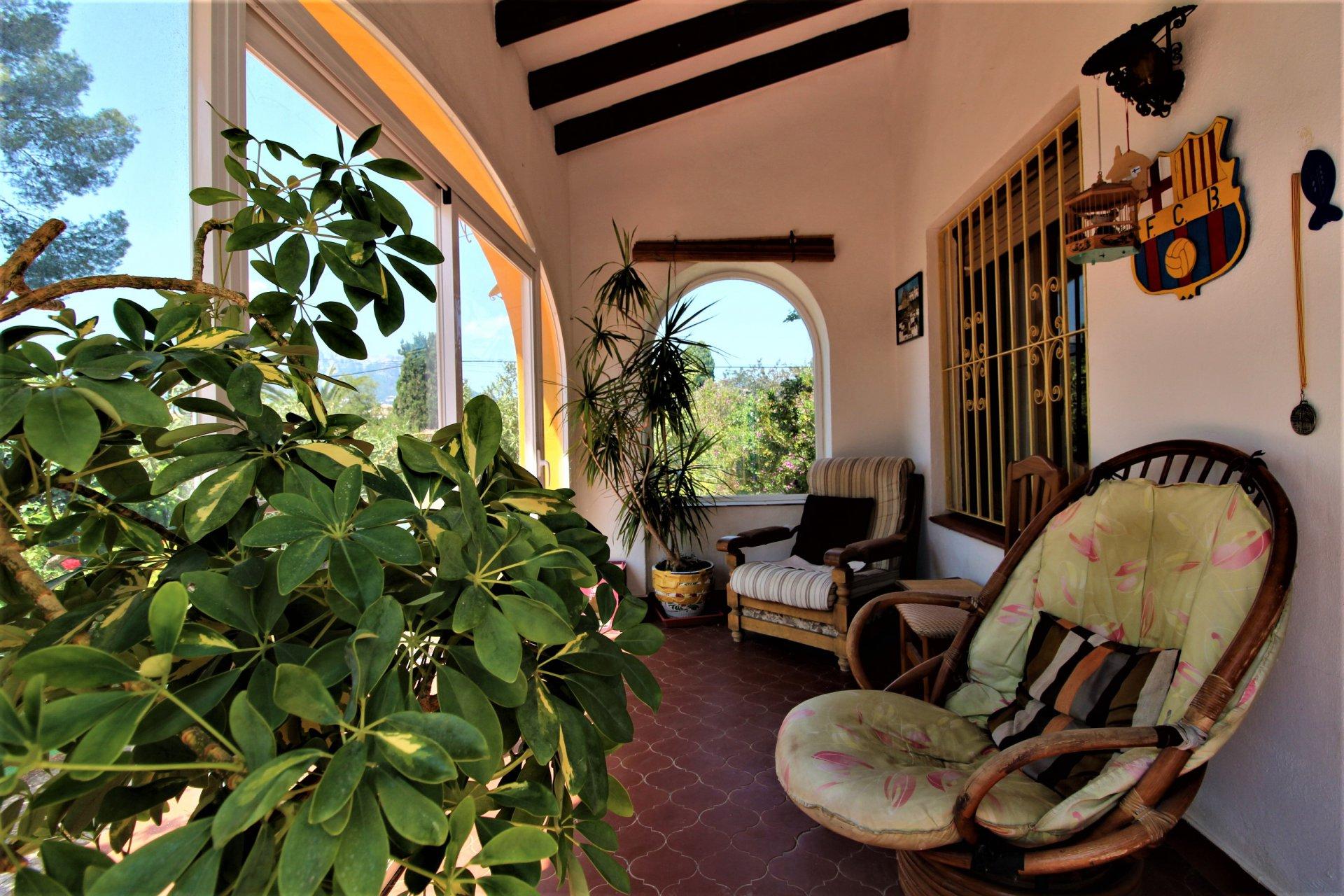 Private en gelijkvloerse villa op wandelafstand van strand en centrum