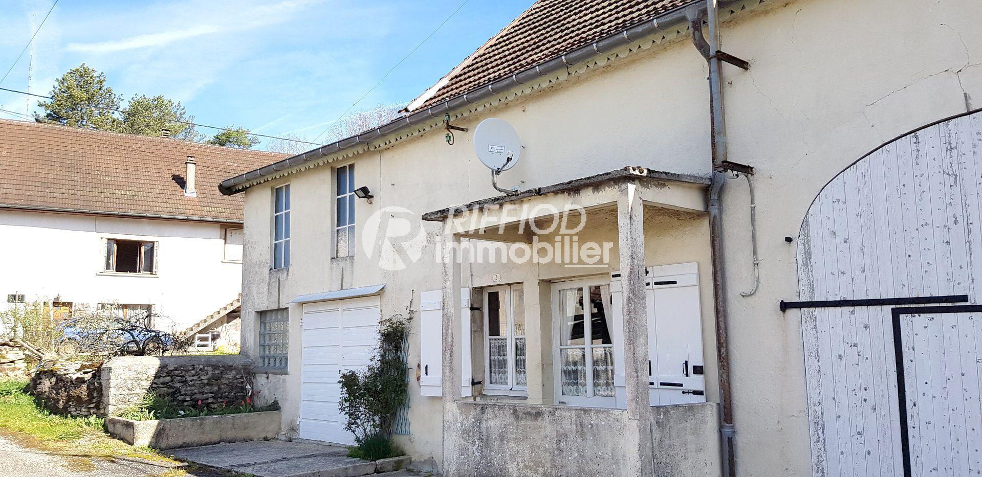 Maison Mitoyenne avec Grange - Arlay
