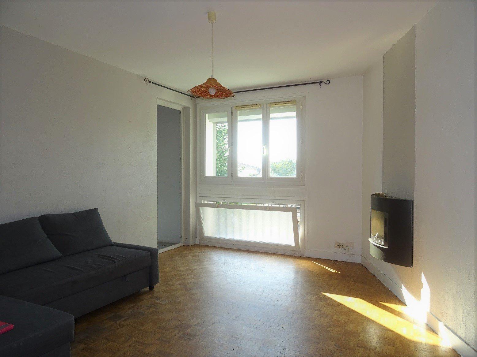 Mermoz, T3 de 75 m² avec parking et cave.