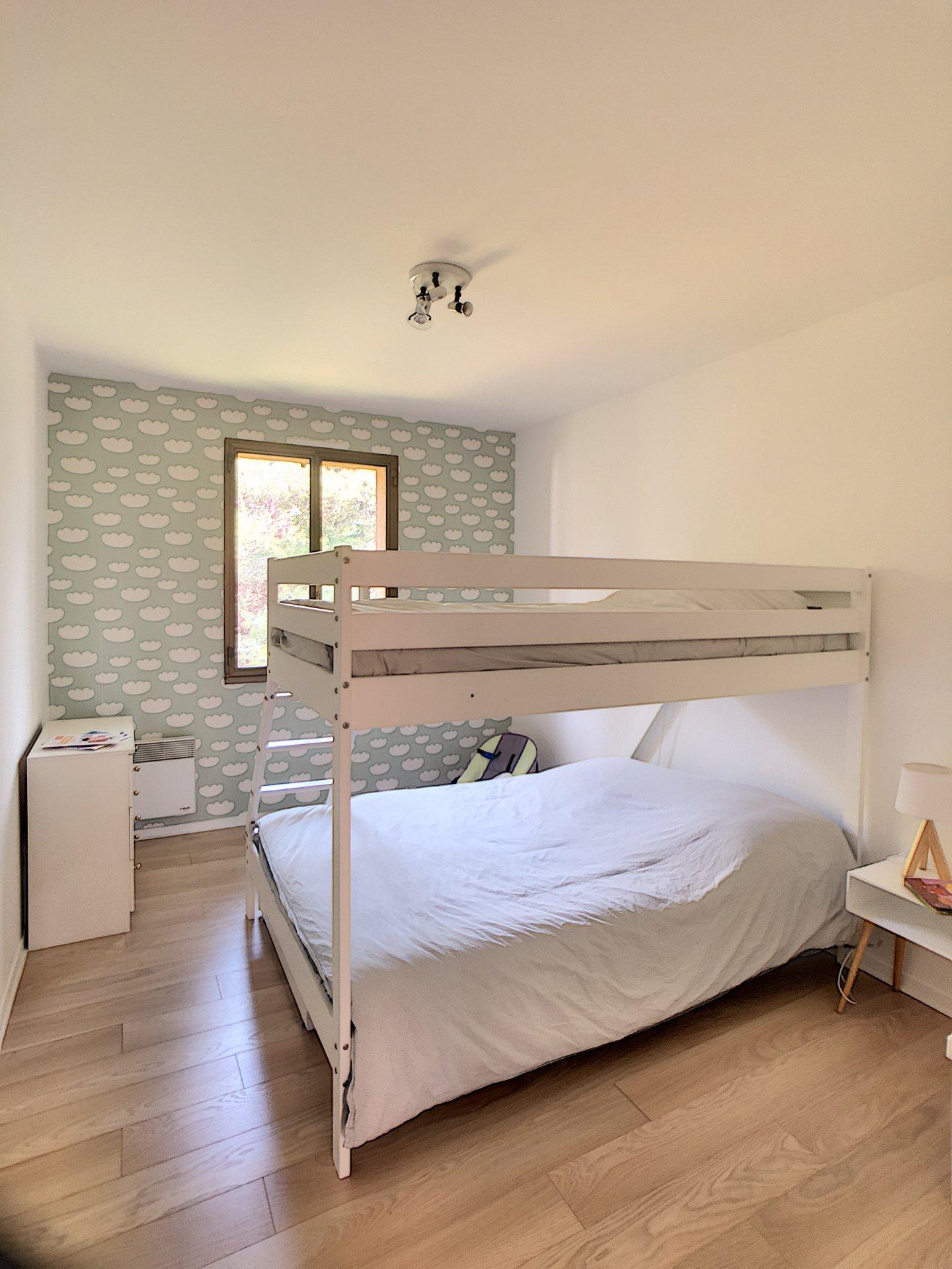 Villeneuve Loubet (06270) - appartement 3 pièces - terrasse - piscine