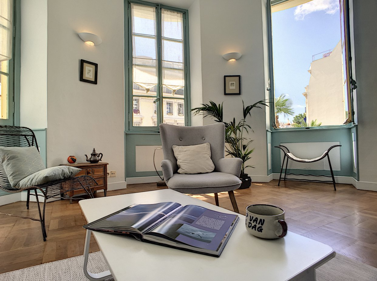 Sale Apartment - Nice Rue de France