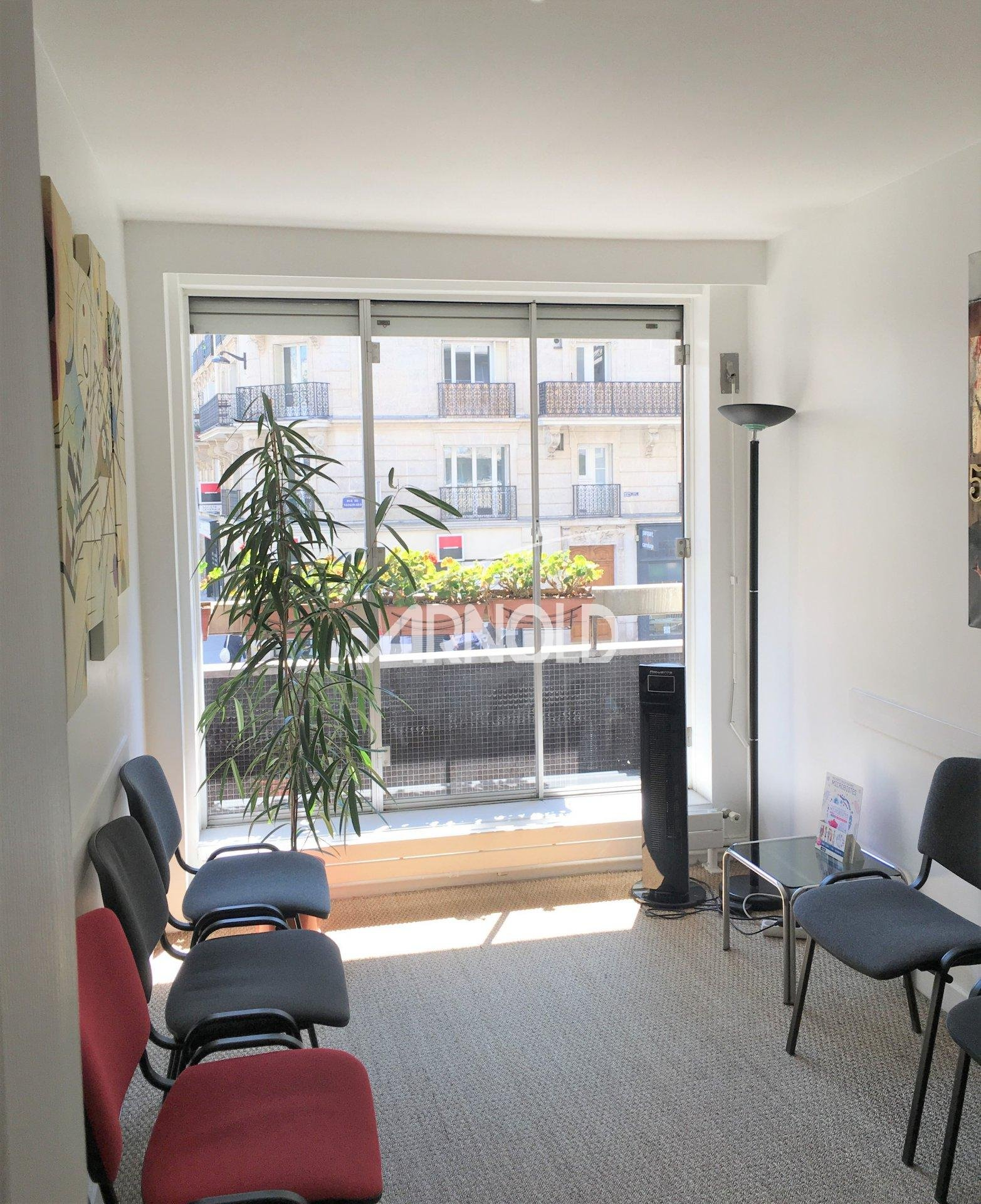 PARIS 15 - APPARTEMENT 90m²