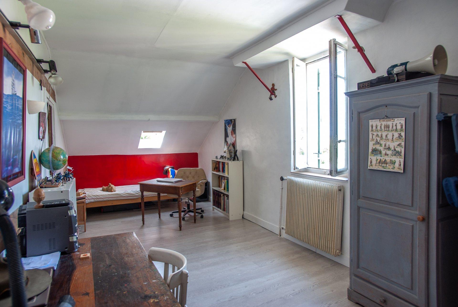 Maison de caractère située dans un hameaux de Beynes