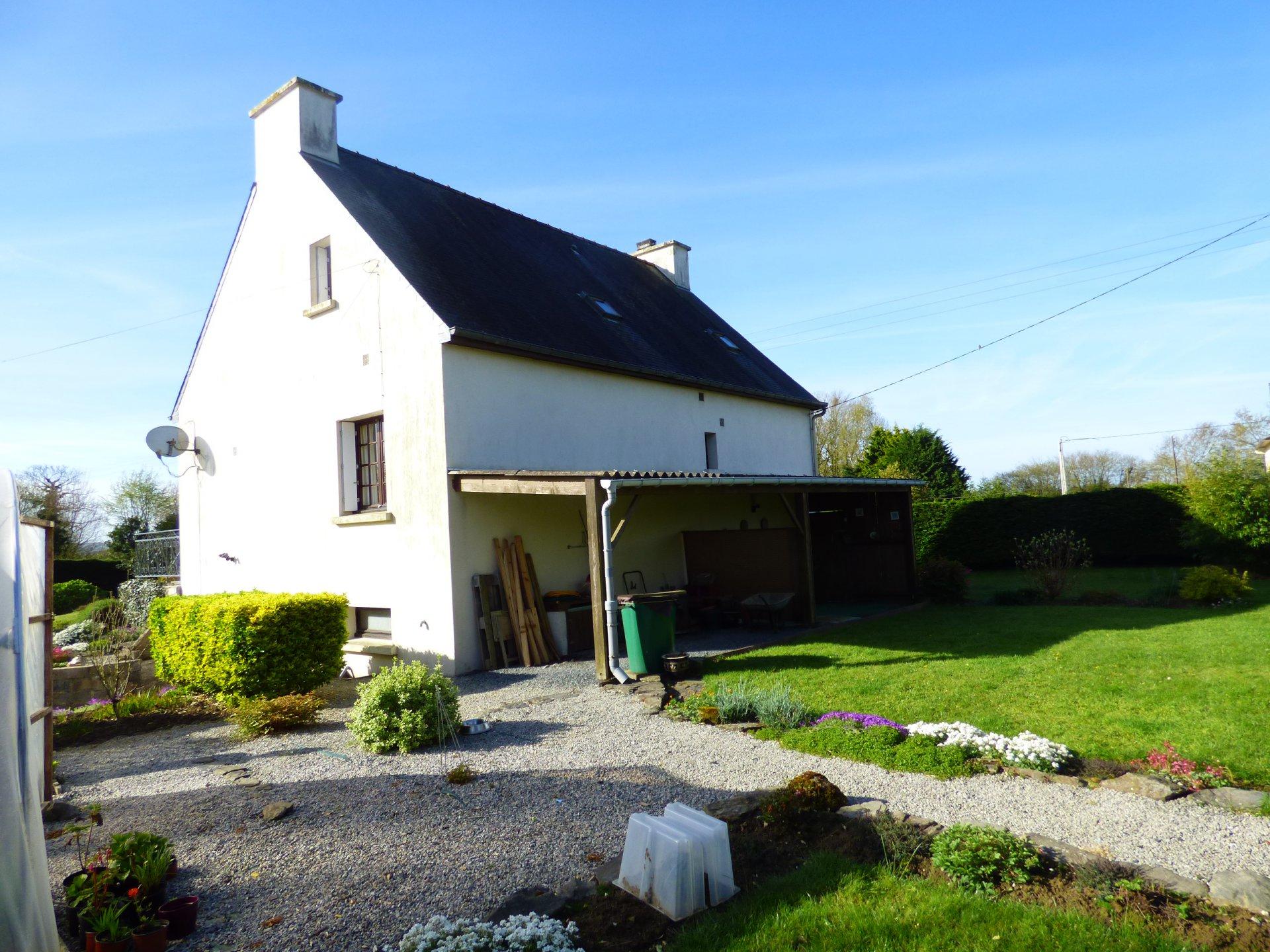 Néo-bretonne à 10 mn de CARHAIX