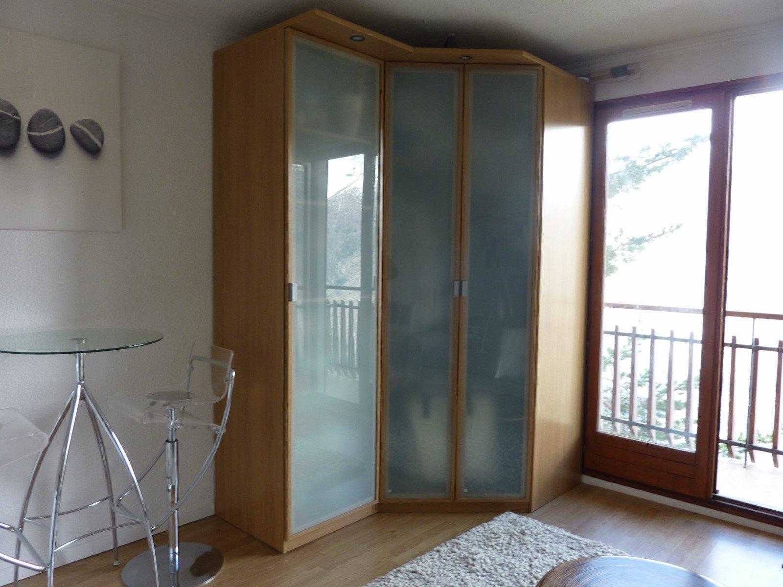Sale Studio - Auron Azur Neige