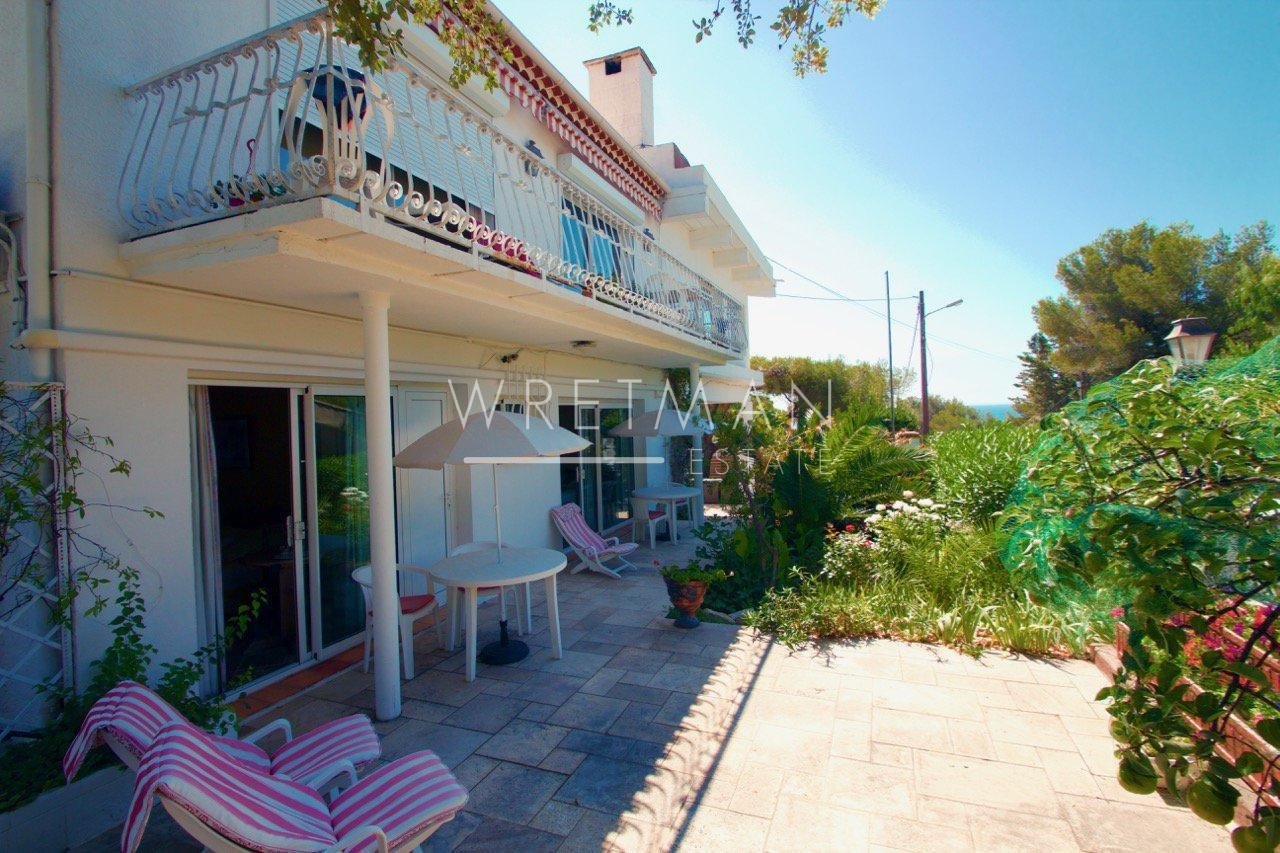 B&B close to the beach - Les Issambres