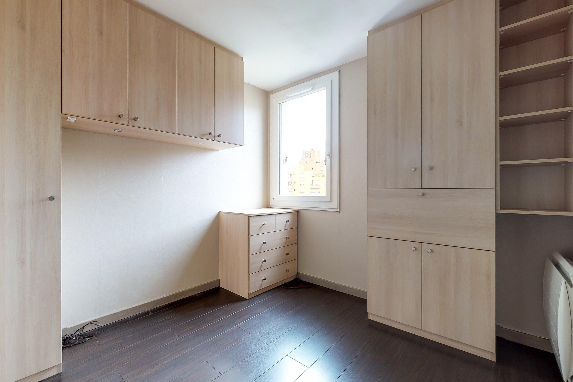 85 m2 + 36 m2 de terrasse au dernier étage