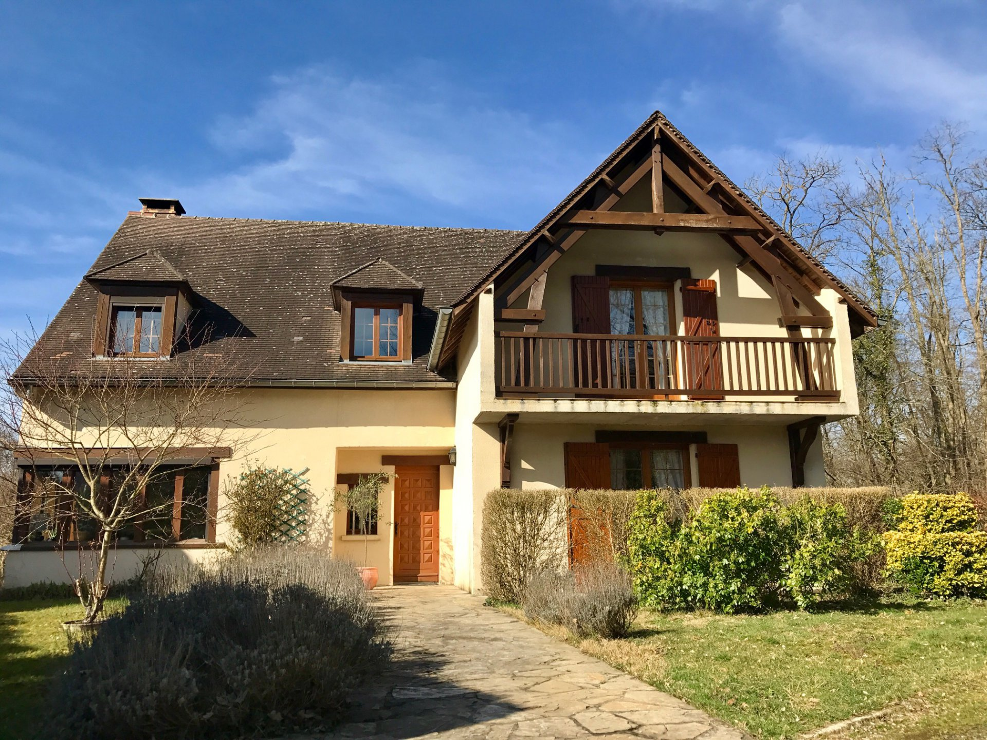 Montcourt Fomonville