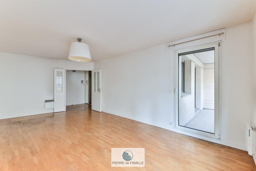 Sale Apartment - Levallois-Perret Hôtel de Ville - Planchette