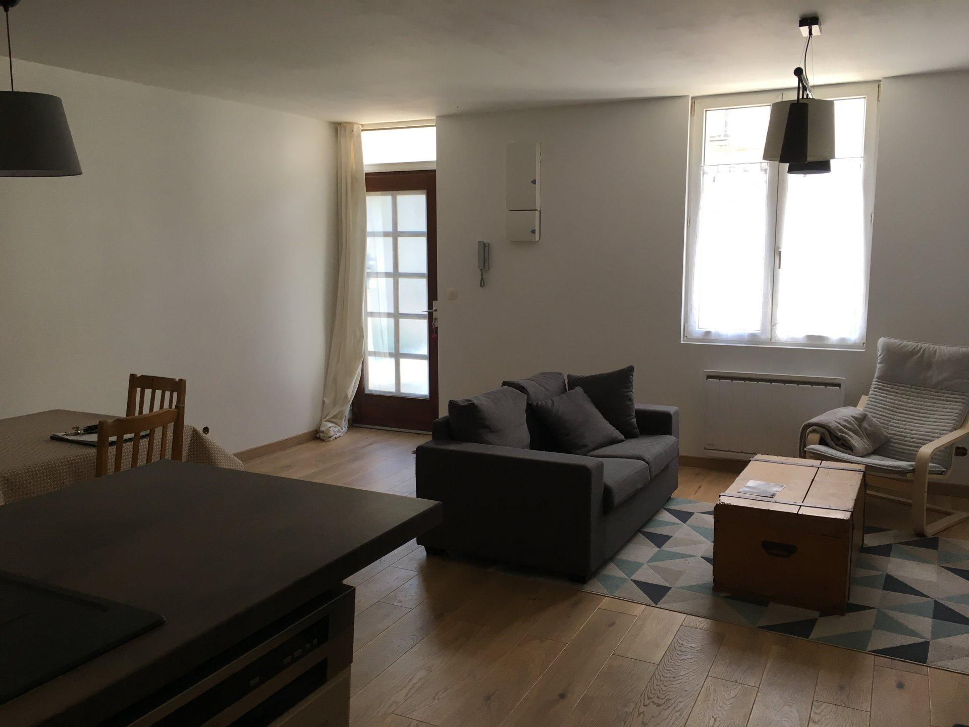Sale Village house - Cinq Mars La Pile