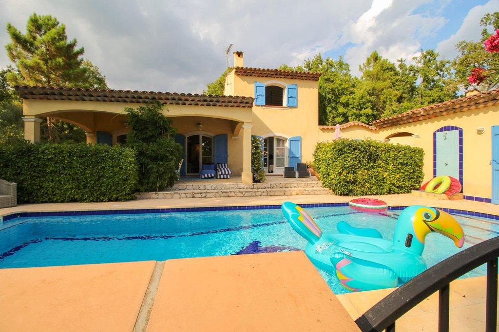 Villa i lugnt område - Callian