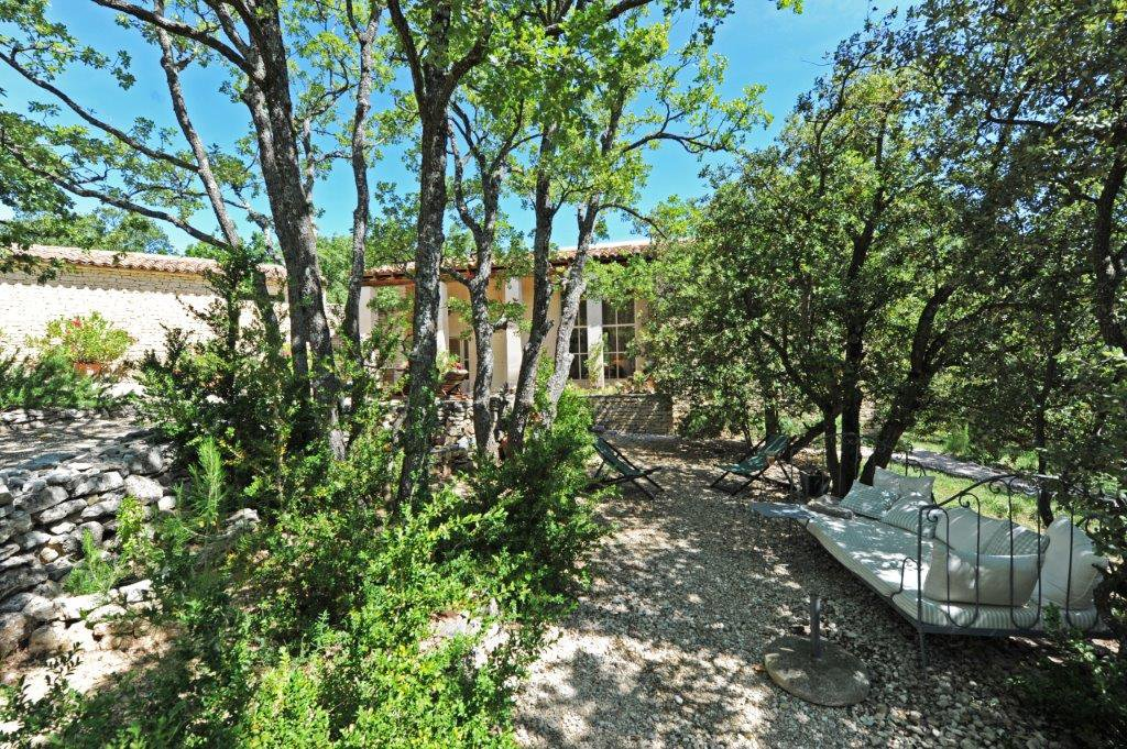 Maison contemporaine proche  de Gordes