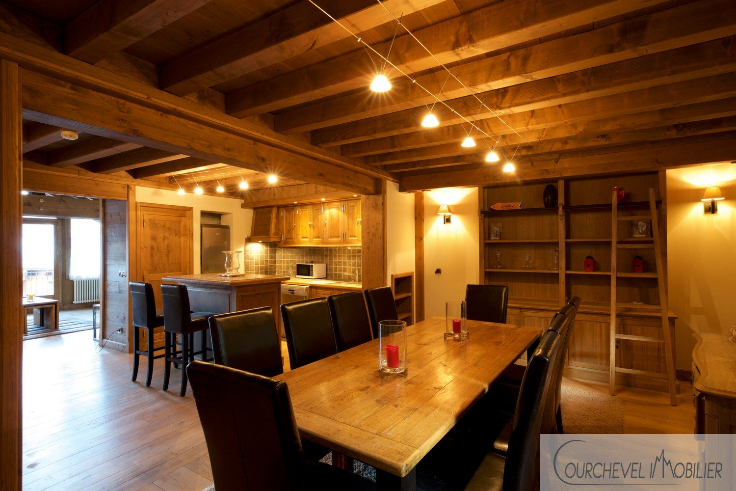 CHALET - COURCHEVEL VILLAGE