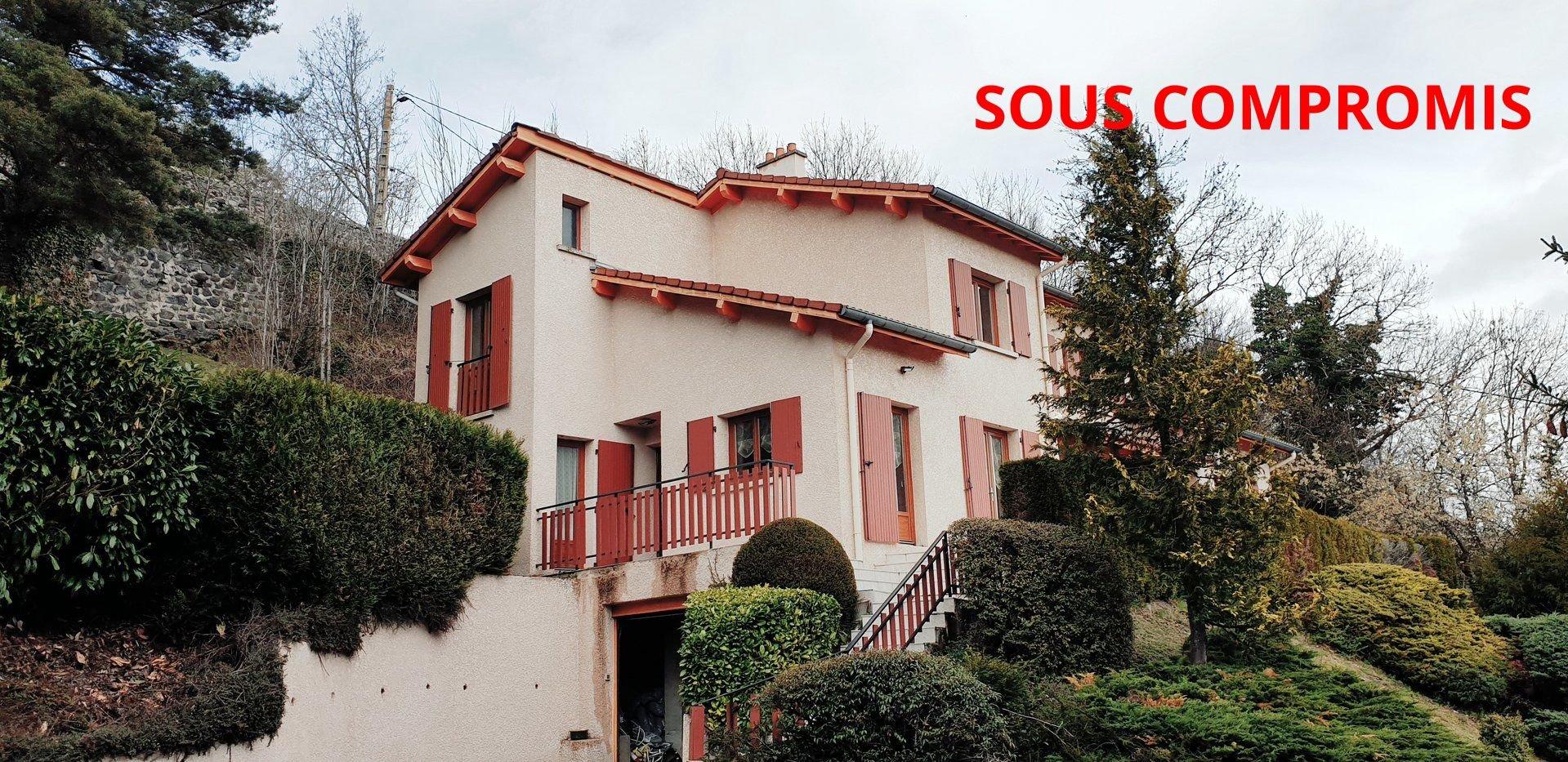 Sale House - Coubon