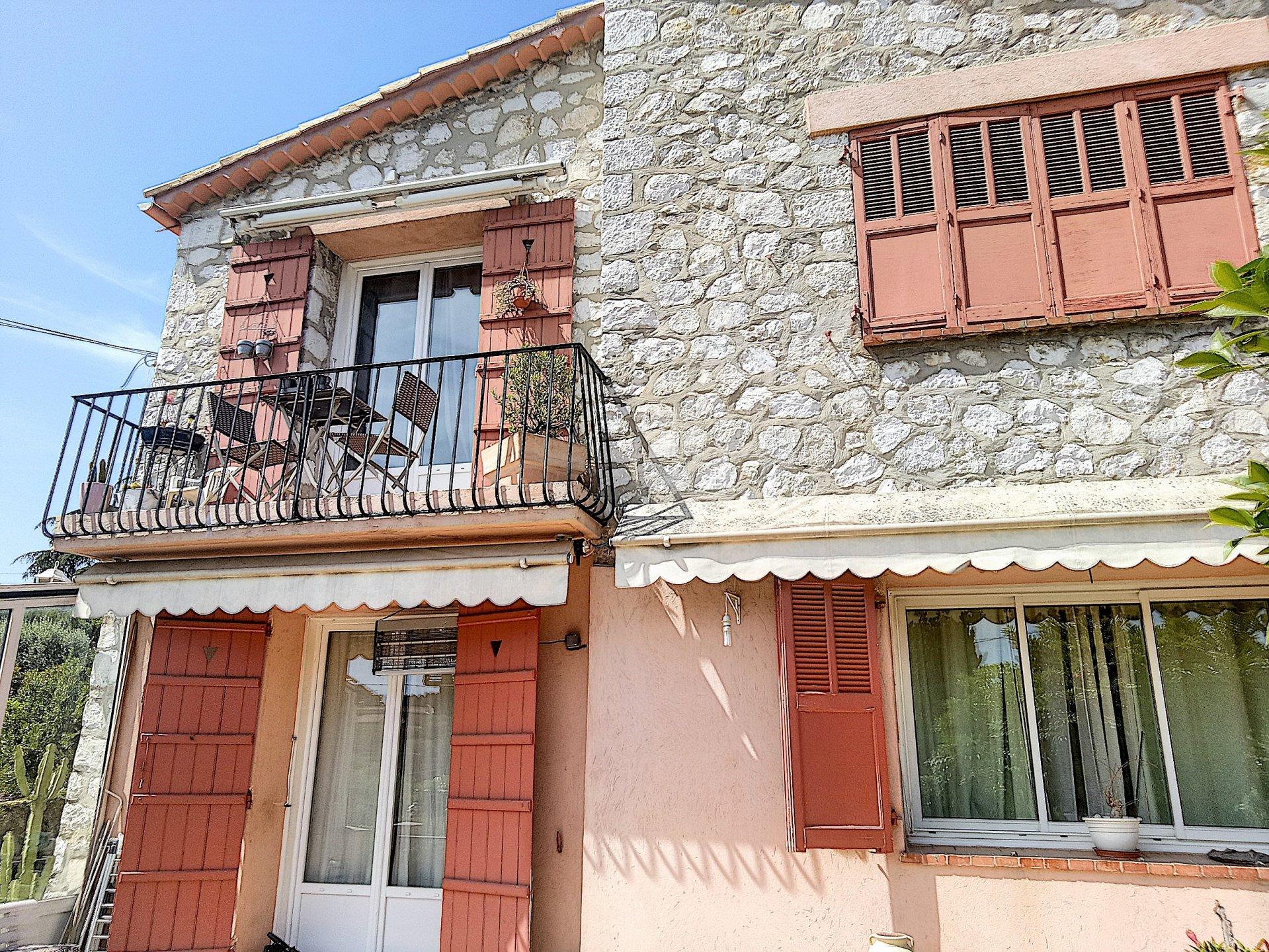 CAGNES SUR MER ( 06800 -  L'Hubac - Maison de 190 m² )