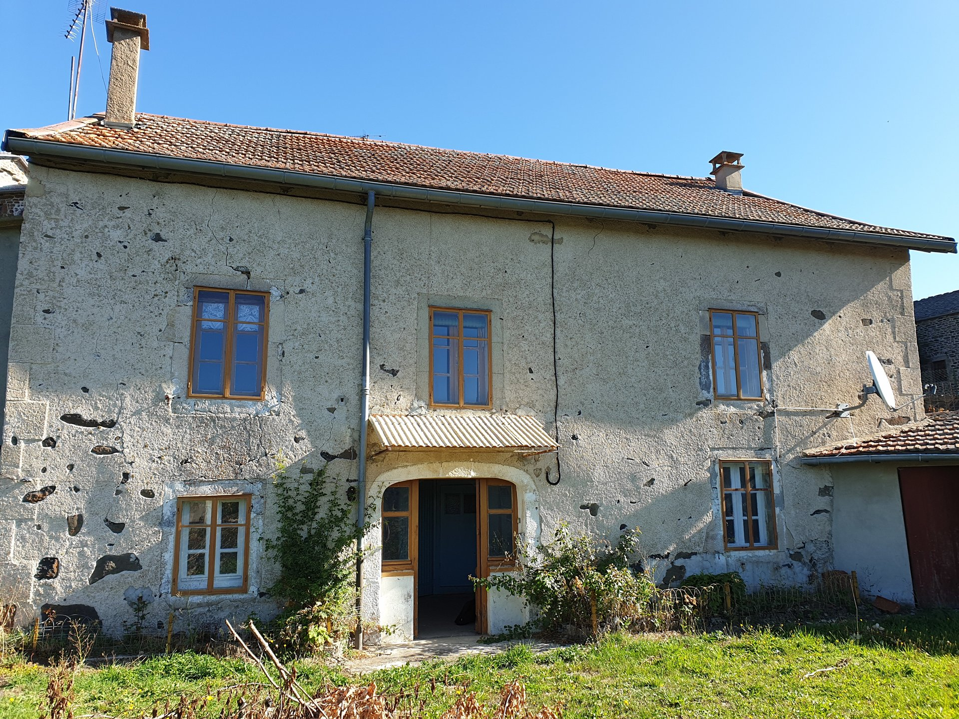 Sale House - Freycenet La Tour