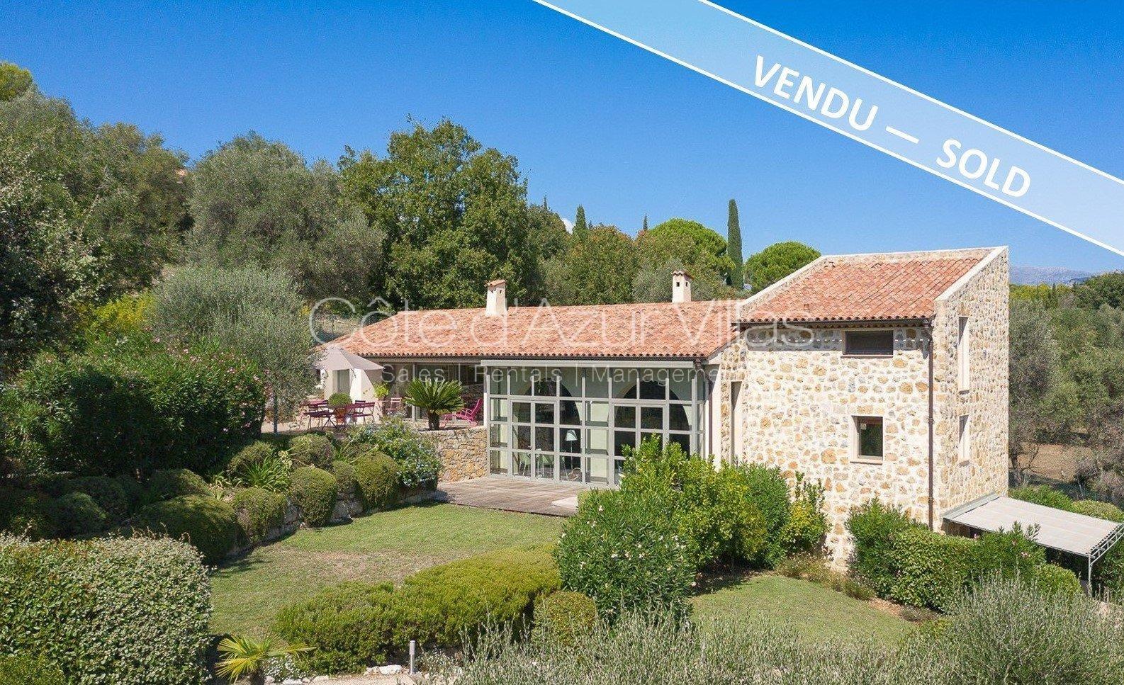 Verkauf Villa - Valbonne