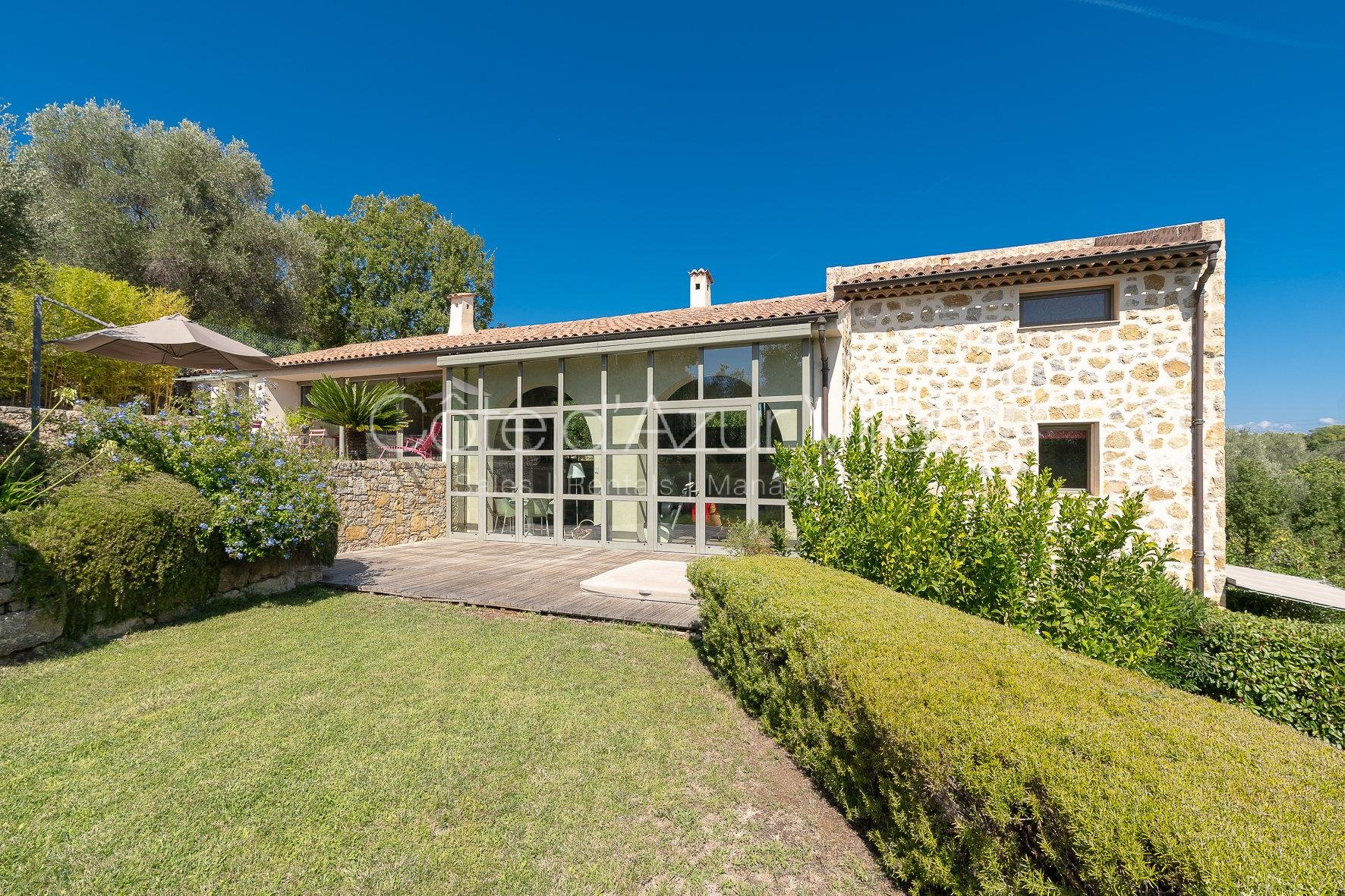 Valbonne -  Exceptional property in a quiet area