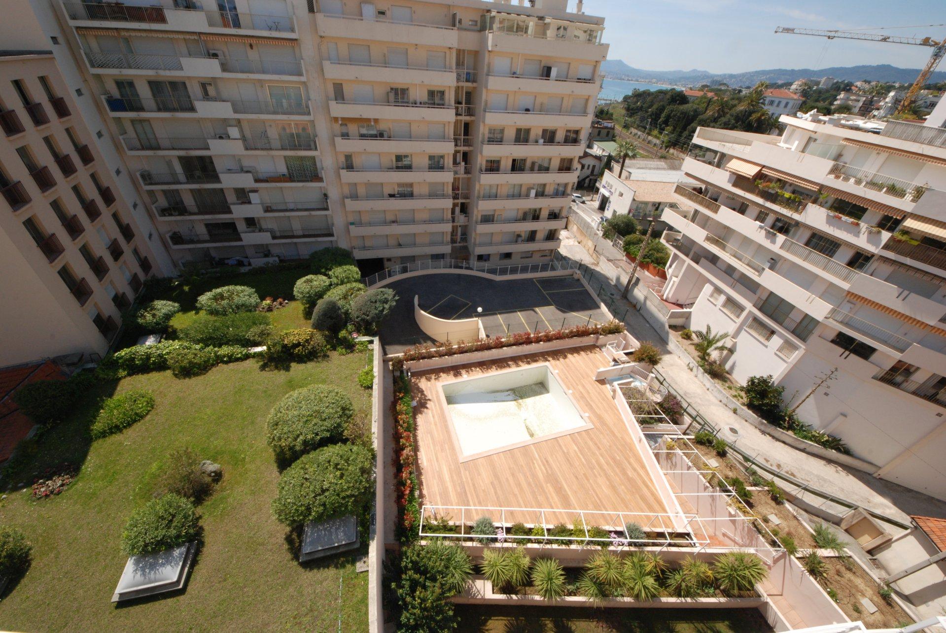 Rental studio for congress close Palais Cannes