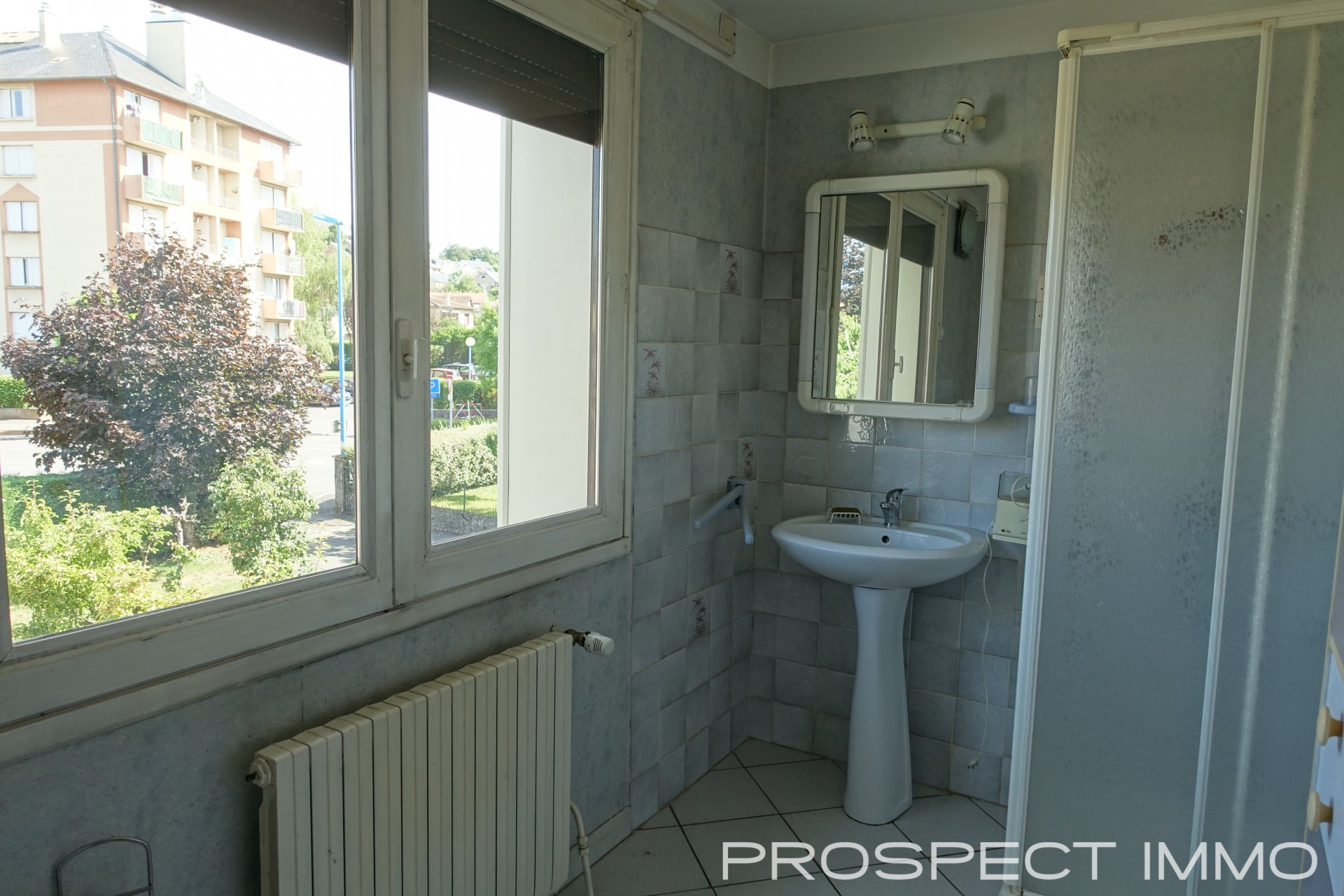 Sale House - Onet Le Chateau