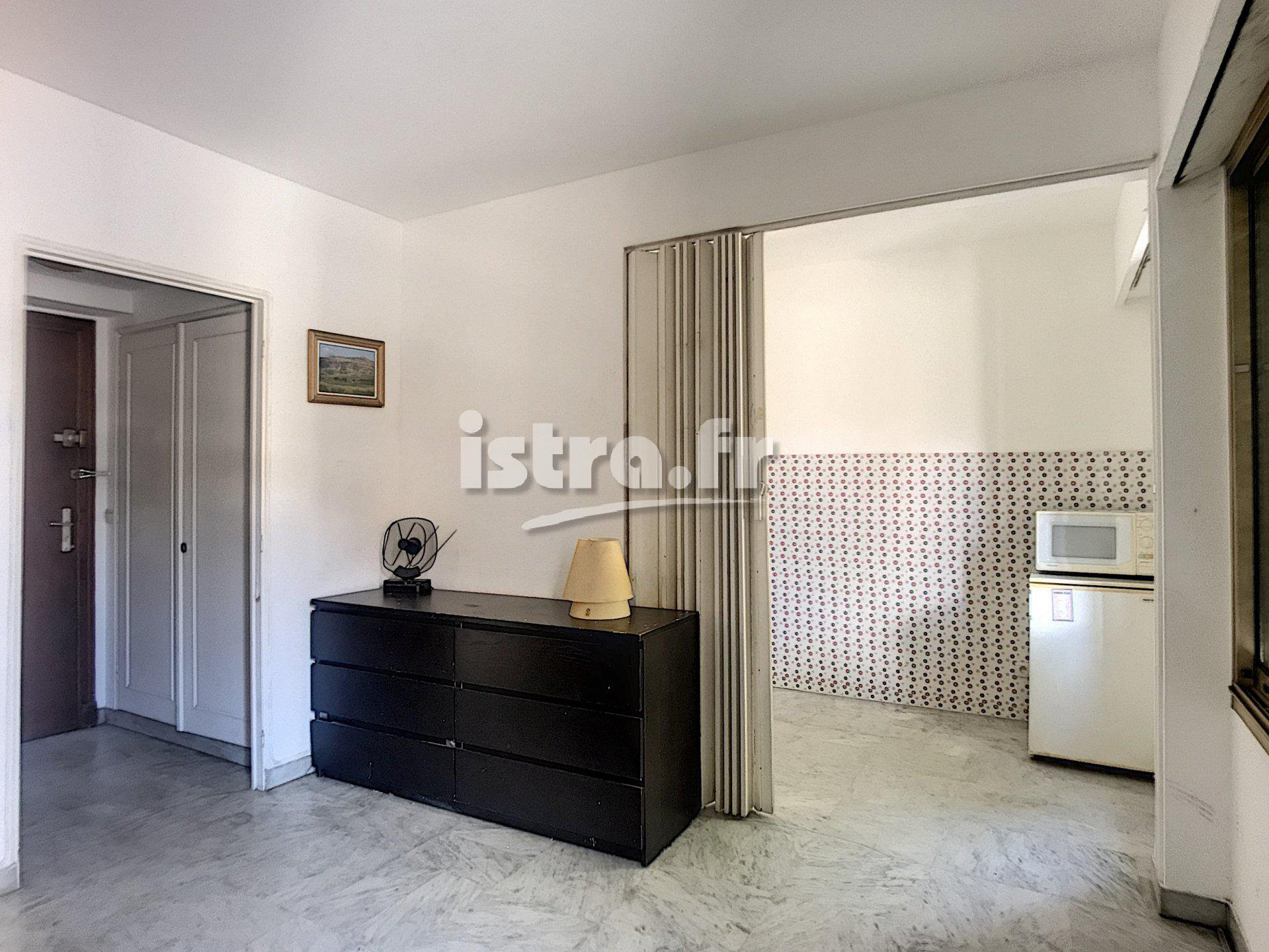 Nice Grosso boulevard, studio for sale