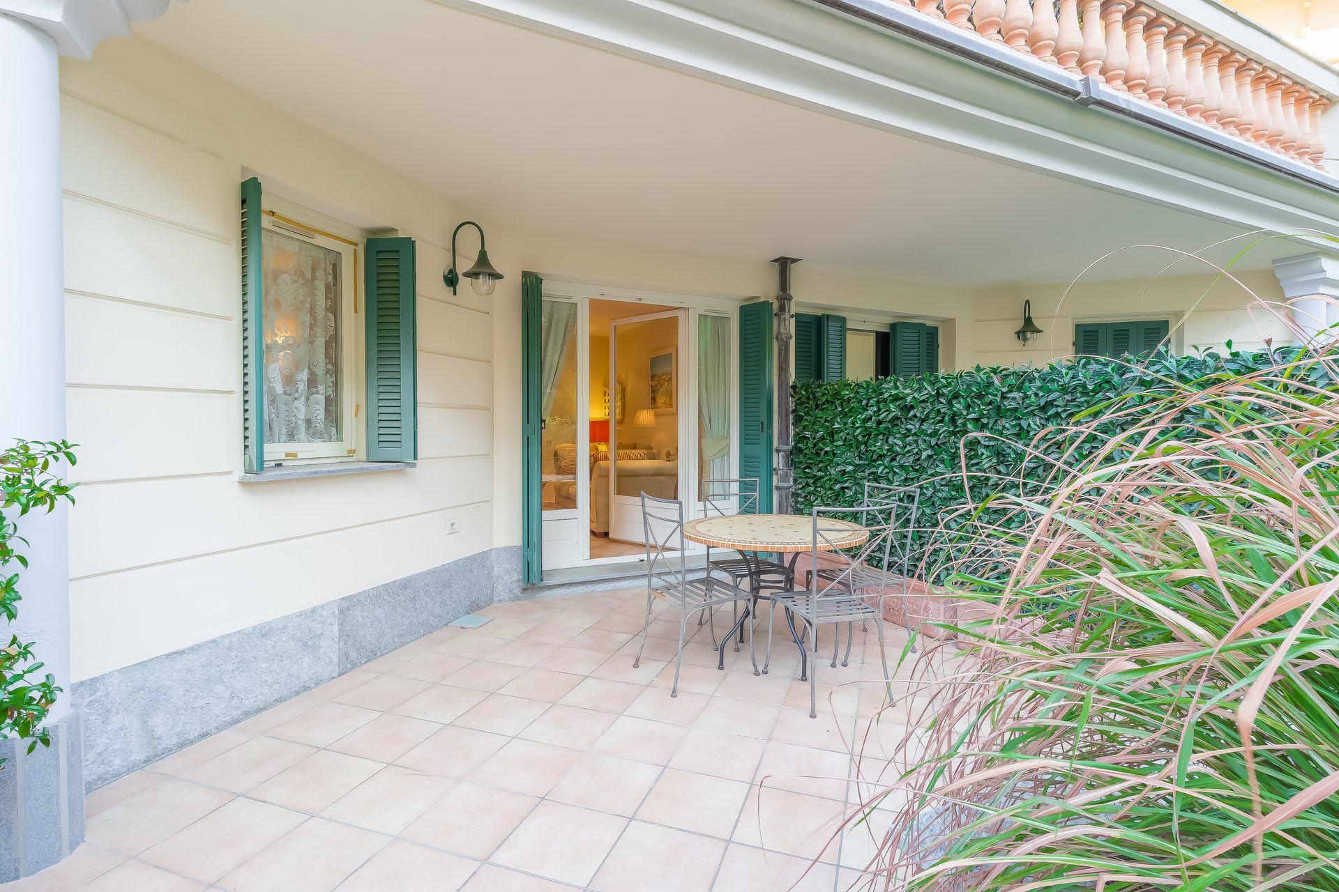 Beaulieu sur mer, 2 pièces avec terrasse, jardin et garage