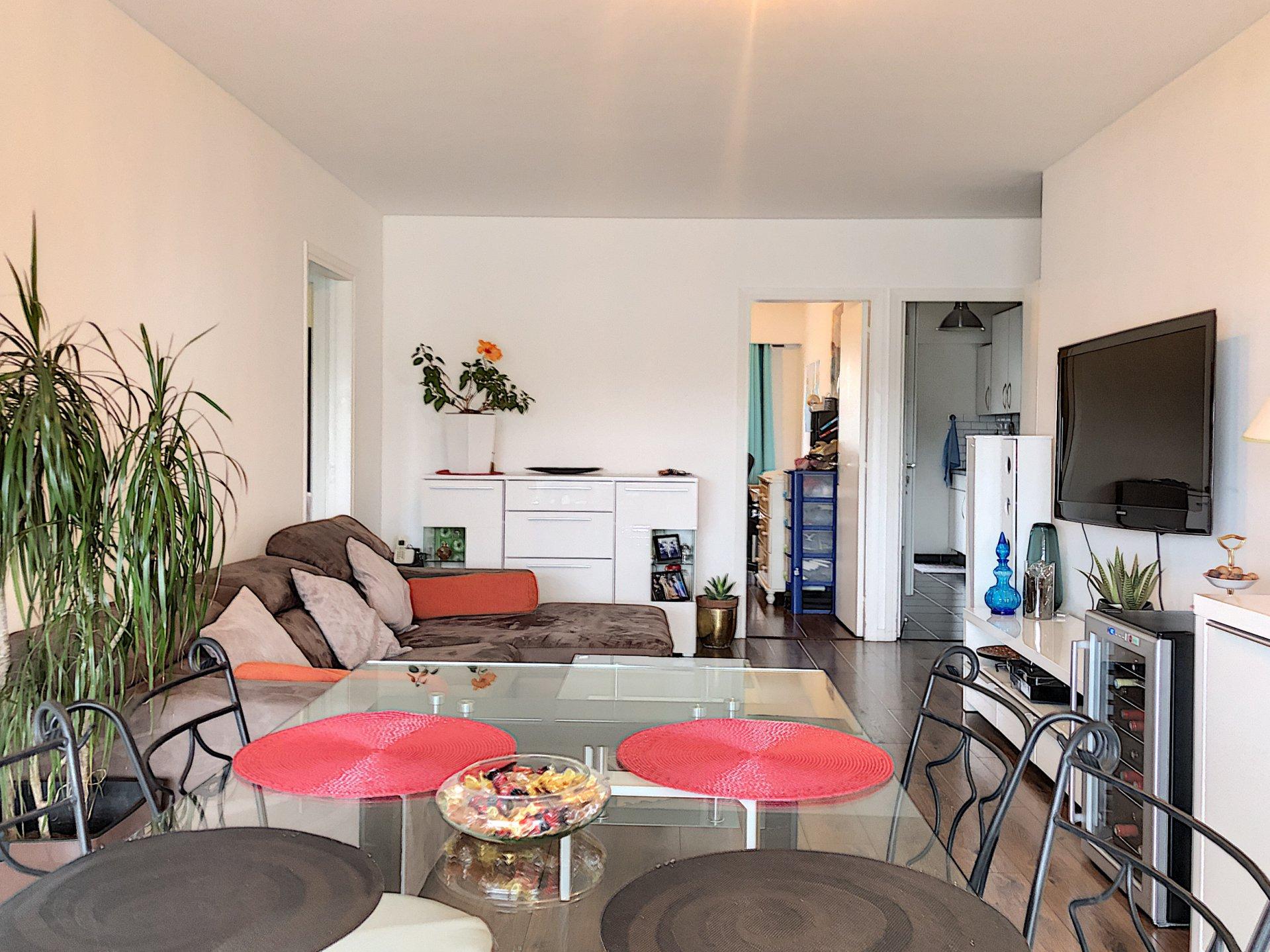Saint-Laurent-du-Var (06700) - Appartement - 4 pièces - terrasse - balcon