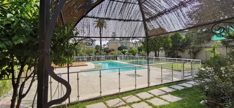 Beau 4 P en rez de jardin / piscine