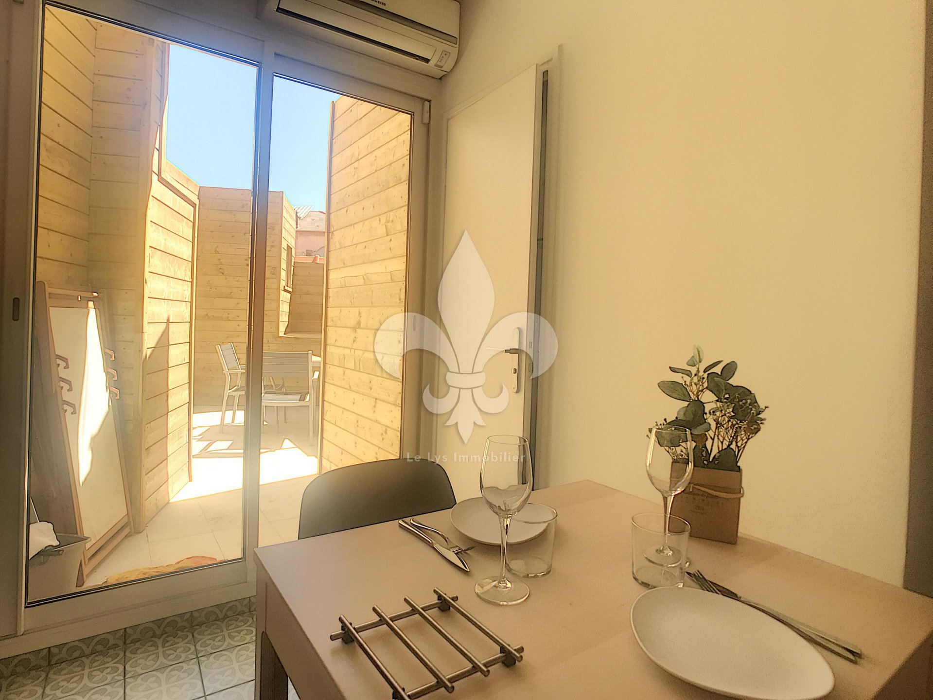 Cannes - Charming 2 rooms with patio